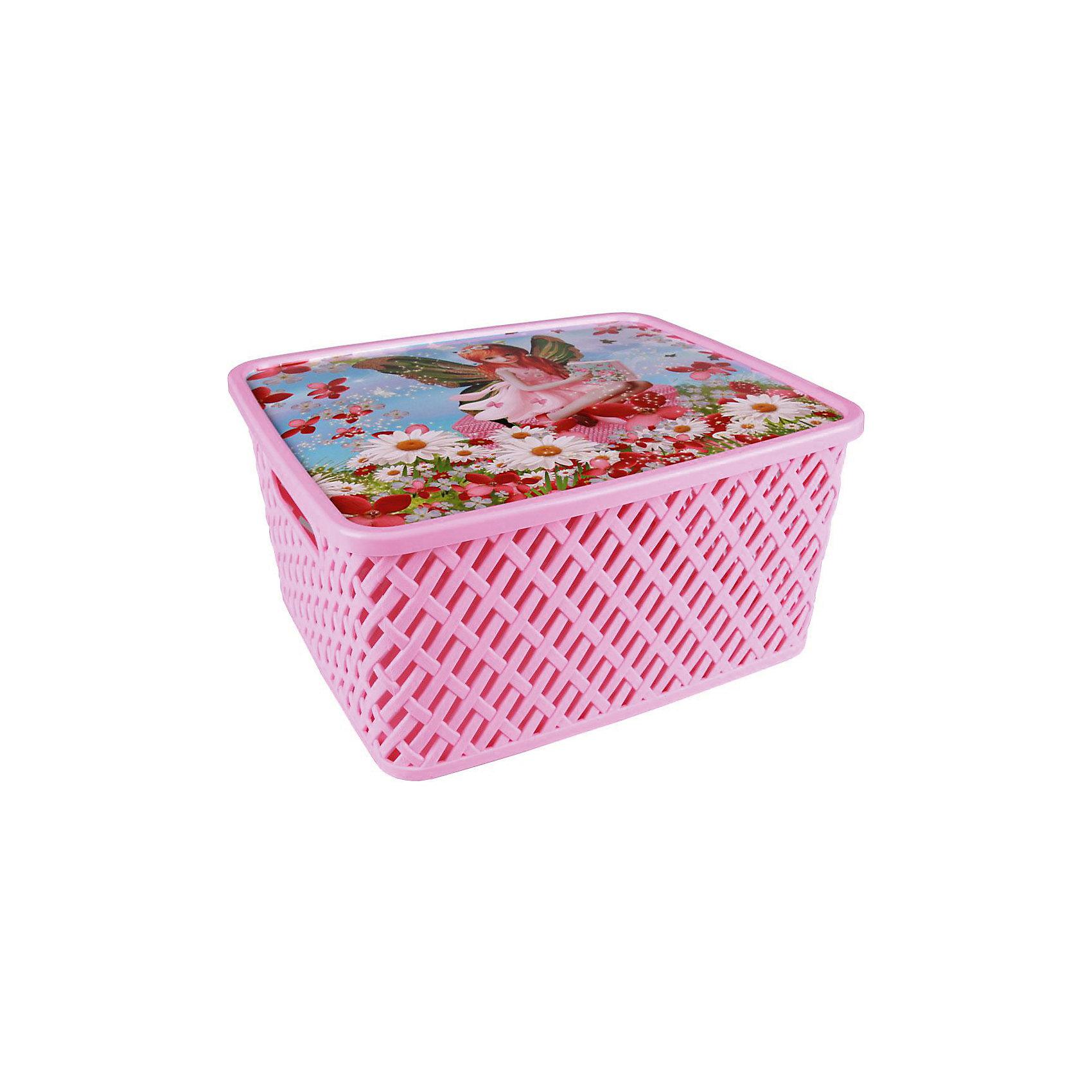 Корзина универс. Мал. фея с крыш.,  Alternativa, мал.Порядок в детской<br>Универсальная плетеная корзина Маленькая фея изготовлена из качественного пластика, закрывается крышкой с изображением милой феи. В ней будет удобно хранить различные мелочи или игрушки.<br><br>Дополнительная информация:<br>Материал: пластик<br>Цвет: розовый<br>Размер: 35х29х17,5 см<br><br>Корзину Маленькая фея вы можете приобрести в нашем интернет-магазине.<br><br>Ширина мм: 355<br>Глубина мм: 300<br>Высота мм: 175<br>Вес г: 626<br>Возраст от месяцев: 36<br>Возраст до месяцев: 144<br>Пол: Унисекс<br>Возраст: Детский<br>SKU: 4979741