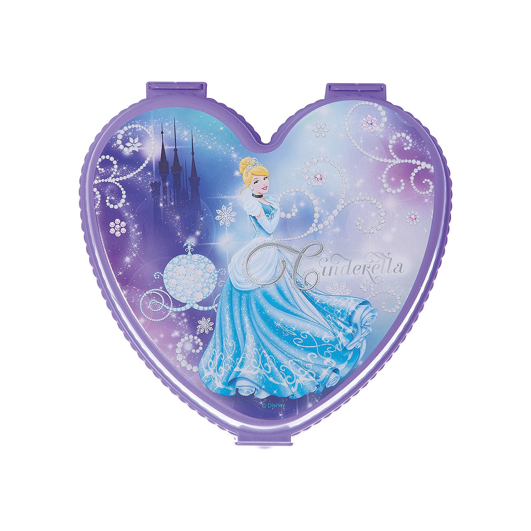 Шкатулка игрушечная Золушка ,  Alternativa, фиолет.Предметы интерьера<br>Восхитительная шкатулка Золушка способна подарить девочке много позитивных эмоций, ведь она выполнена в форме сердечка и декорирована рисунком с любимой Золушкой из Диснеевских мультфильмов. Кроме того, шкатулка очень прочная и ей удобно пользоваться.<br><br>Дополнительная информация:<br>Сказочный персонаж: Золушка<br>Материал: пластик<br>Размер: 17х17,5х7 см<br><br>Шкатулку Золушка можно купить в нашем интернет-магазине.<br><br>Ширина мм: 170<br>Глубина мм: 175<br>Высота мм: 70<br>Вес г: 136<br>Возраст от месяцев: 36<br>Возраст до месяцев: 144<br>Пол: Унисекс<br>Возраст: Детский<br>SKU: 4979792