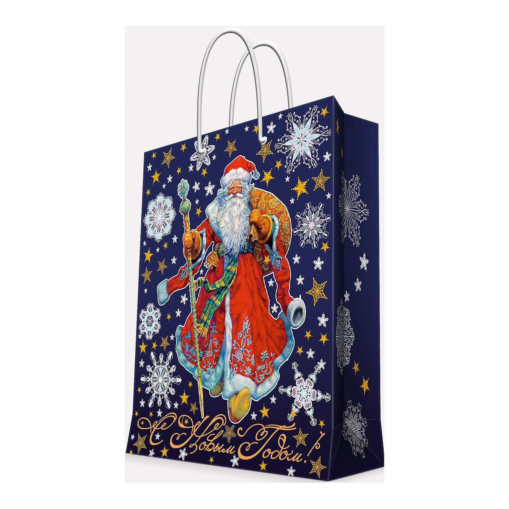 Подарочный пакет Дед Мороз в красном кафтане 26*32,4*12,7 смПриближение Нового года не может не радовать! Праздничное настроение создает украшенный дом, наряженная ёлка, запах мандаринов, предновогодняя суета и, конечно же, подарки! Чтобы сделать момент вручения приятнее, нужен красивый подарочный пакет.<br>Этот пакет украшен симпатичным универсальным рисунком, поэтому в него можно упаковать подарок и родственнику, и коллеге. Он сделан из безопасного для детей, прочного, но легкого, материала. Создайте с ним праздничное настроение себе и близким!<br><br>Дополнительная информация:<br><br>плотность бумаги: 140 г/м2;<br>размер: 26 х 32 х 13 см;<br>с ламинацией;<br>украшен рисунком.<br><br>Подарочный пакет Дед Мороз в красном кафтане 26*32,4*12,7 см можно купить в нашем магазине.<br><br>Ширина мм: 260<br>Глубина мм: 234<br>Высота мм: 127<br>Вес г: 71<br>Возраст от месяцев: 36<br>Возраст до месяцев: 2147483647<br>Пол: Унисекс<br>Возраст: Детский<br>SKU: 4981585