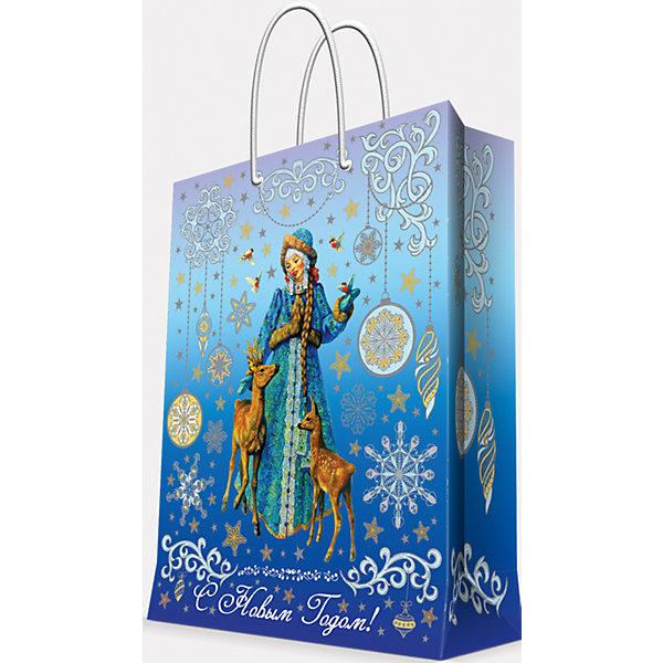Подарочный пакет Снегурочка и оленята 17,8*22,9*9,8 смДетские подарочные пакеты<br>Предновогодние хлопоты многие любят даже больше самого праздника! Праздничное настроение создает украшенный дом, наряженная ёлка, запах мандаринов, предновогодняя суета и, конечно же, подарки! Чтобы сделать момент вручения приятнее, нужен красивый подарочный пакет.<br>Этот пакет украшен симпатичным универсальным рисунком, поэтому в него можно упаковать подарок и родственнику, и коллеге. Он сделан из безопасного для детей, прочного, но легкого, материала. Создайте с ним праздничное настроение себе и близким!<br><br>Дополнительная информация:<br><br>плотность бумаги: 140 г/м2;<br>размер: 18 х 23 х 10 см;<br>с ламинацией;<br>украшен рисунком.<br><br>Подарочный пакет Снегурочка и оленята 17,8*22,9*9,8 см можно купить в нашем магазине.<br>Ширина мм: 178; Глубина мм: 229; Высота мм: 98; Вес г: 39; Возраст от месяцев: 36; Возраст до месяцев: 2147483647; Пол: Унисекс; Возраст: Детский; SKU: 4981603;