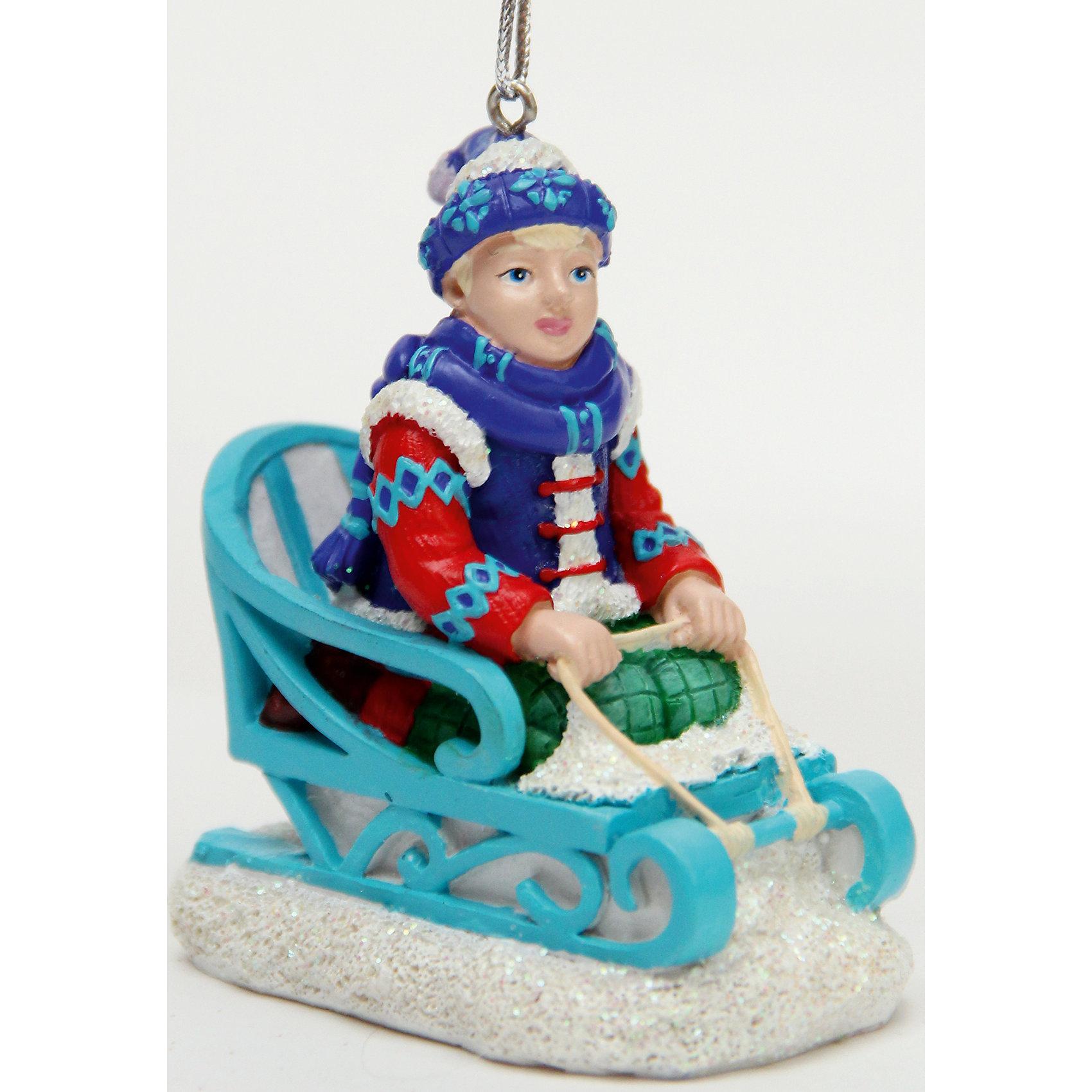 Украшение КайЁлочные игрушки<br>Новый год - самый любимый праздник у многих детей и взрослых. Праздничное настроение создает в первую очередь украшенный дом и, особенно, наряженная ёлка. Будь она из леса или искусственная - такая подвесная игрушка украсит любую!<br>Она сделана из безопасного для детей, прочного, но легкого, материала, поэтому не разобьется, упав на пол. Благодаря расцветке украшение отлично смотрится на ёлке. Создайте с ним праздничное настроение себе и близким!<br><br>Дополнительная информация:<br><br>цвет: разноцветный;<br>материал: полирезина;<br>размер: 7 x 5 x 8 см.<br><br>Украшение Кай можно купить в нашем магазине.<br><br>Ширина мм: 150<br>Глубина мм: 150<br>Высота мм: 60<br>Вес г: 88<br>Возраст от месяцев: 36<br>Возраст до месяцев: 2147483647<br>Пол: Унисекс<br>Возраст: Детский<br>SKU: 4981682