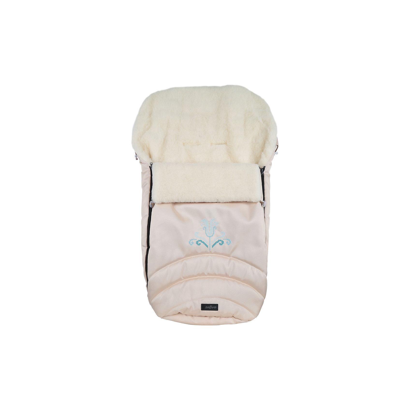 Конверт зимний №36 Exclusive, 95*50, шерсть, Womar, бежевыйЗимние конверты<br>Конверт зимний №36 Exclusive, 95*50, шерсть, Womar, бежевый – эксклюзивная защита от холода для вашего малыша.<br>Внутри конверта мягкий мех, изготовленный из овчины. Этот материал не вызывает аллергии и безопасен для нежной кожи малыша. Верхняя часть непромокаемая, грязеотталкивающая и не продувается. Также ее можно отстегнуть. Сверху есть шнурок, который можно стянуть как капюшон. Конверт подходит к большинству колясок. Стирать при температуре 30 градусов, не отжимать и не гладить. Есть отверстия для пятиточечного ремня безопасности. <br><br>Дополнительная информация:<br><br>- материал: внутренняя часть – натуральная овечья шерсть, внешняя – 100% полиэстер<br>- размер: 95х50 см<br>- цвет: бежевый<br><br>Конверт зимний №36 Exclusive, 95*50, шерсть, Womar, бежевый можно купить в нашем интернет магазине.<br><br>Ширина мм: 950<br>Глубина мм: 500<br>Высота мм: 100<br>Вес г: 500<br>Возраст от месяцев: 0<br>Возраст до месяцев: 12<br>Пол: Унисекс<br>Возраст: Детский<br>SKU: 4981794