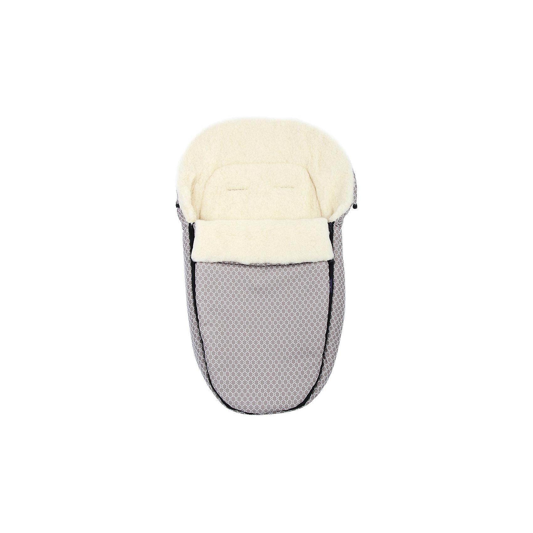 Конверт зимний №S78 Exclusive, 95*50, шерсть, Womar, бежевыйЗимние конверты<br>Конверт зимний №S78 Exclusive, 95*50, шерсть, Womar, бежевый – модная и стильная защита от холода для вашего малыша.<br>Внутри конверта мягкий мех, изготовленный из овчины. Этот материал не вызывает аллергии и безопасен для нежной кожи малыша. Верхняя часть непромокаемая, грязеотталкивающая и не продувается. Также ее можно отстегнуть. Сверху есть шнурок, который можно стянуть как капюшон. Конверт подходит к большинству колясок. Стирать при температуре 30 градусов, не отжимать и не гладить. Есть отверстия для пятиточечного ремня безопасности. <br><br>Дополнительная информация:<br><br>- материал: внутренняя часть – натуральная овечья шерсть, внешняя – 100% полиэстер<br>- размер: 95х50 см<br>- цвет: бежевый<br><br>Конверт зимний №S78 Exclusive, 95*50, шерсть, Womar, бежевый можно купить в нашем интернет магазине.<br><br>Ширина мм: 950<br>Глубина мм: 500<br>Высота мм: 100<br>Вес г: 500<br>Возраст от месяцев: 0<br>Возраст до месяцев: 12<br>Пол: Унисекс<br>Возраст: Детский<br>SKU: 4981804