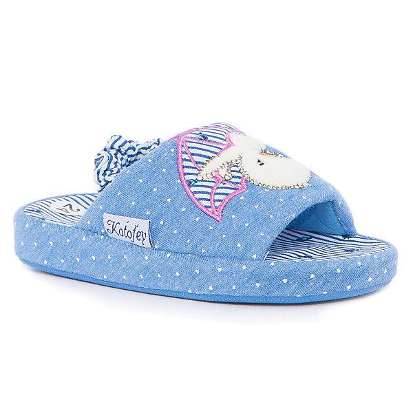 Домашние тапочки для девочки КотофейДомашние тапочки<br>Котофей – качественная и стильная детская обувь по доступным ценам. С каждым днем популярность бренда растет.  Обувь – отражение человека. Домашней обуви необходимо уделять такое же внимание, как и уличной. Милые тапочки с открытым носиком станут любимым предметом гардероба маленькой модницы. Такая домашняя обувь одновременно и согреет и будет стильным аксессуаром к любимой пижамке подходящего цвета.<br><br>Дополнительная информация:<br><br>цвет: цветной;<br>крепление: клеевое.<br><br>Состав:<br>верх – утепленный текстиль;<br>материал подклада – текстиль;<br>подошва – ТЭП.<br><br>Цветные тапочки для девочек дошкольного возраста из текстиля от фирмы Котофей можно приобрести в нашем магазине.<br>Ширина мм: 219; Глубина мм: 158; Высота мм: 118; Вес г: 274; Цвет: синий; Возраст от месяцев: 21; Возраст до месяцев: 24; Пол: Женский; Возраст: Детский; Размер: 24,26,28,27,29,25; SKU: 4982018;