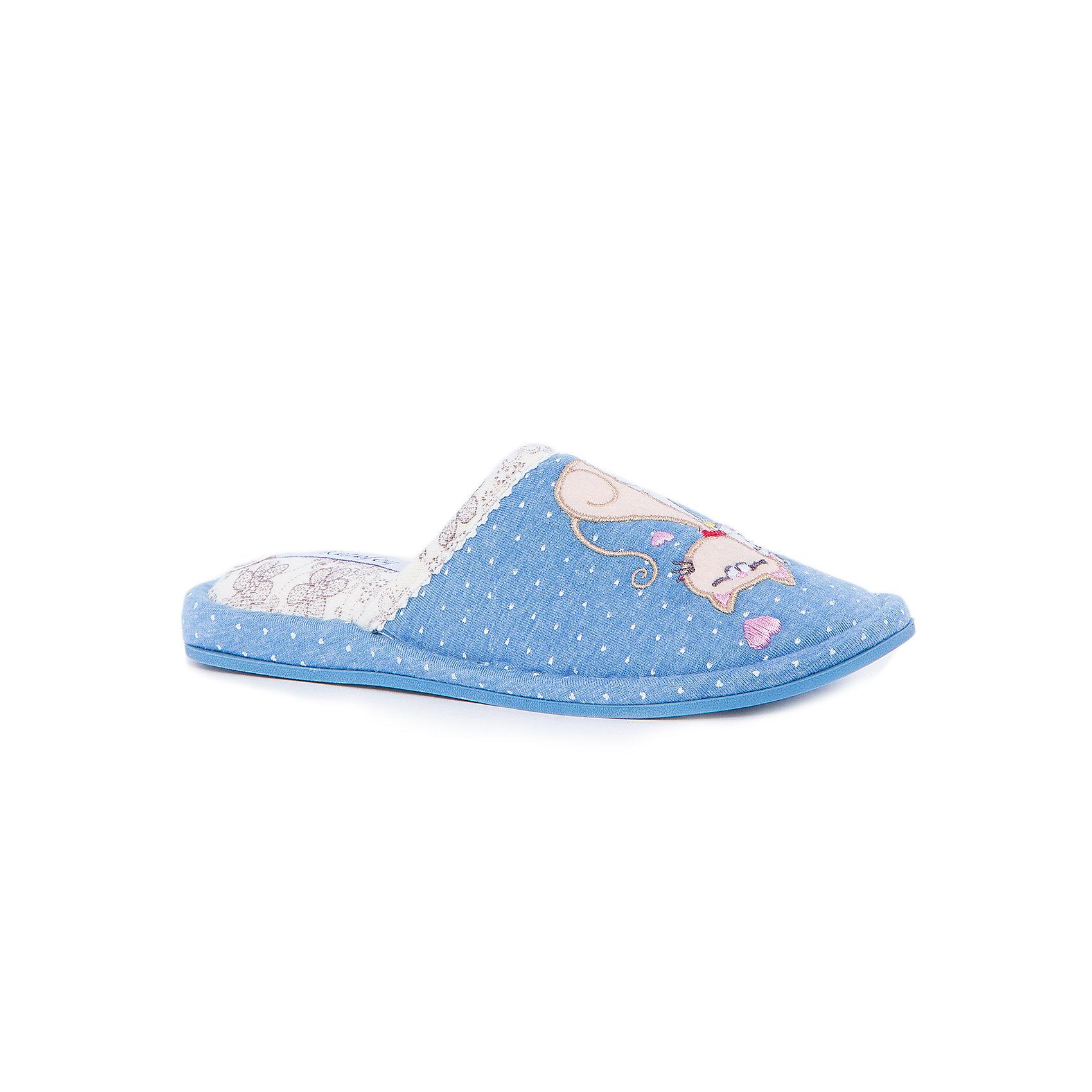 Тапки для девочки КотофейКотофей – качественная и стильная детская обувь по доступным ценам. С каждым днем популярность бренда растет.  Обувь – отражение человека. Домашней обуви необходимо уделять такое же внимание, как и уличной. На тапочках есть милая аппликация в виде пары кошек и вышивка – сердечко. Материал подклада отличается от внешней части веселым принтом. Такая домашняя обувь одновременно и согреет и будет стильным аксессуаром к любимой пижамке подходящего цвета.<br><br>Дополнительная информация:<br><br>цвет: цветной;<br>крепление: клеевое.<br><br>Состав:<br>верх – утепленный текстиль;<br>материал подклада – текстиль;<br>подошва – ТЭП.<br><br>Цветные тапочки для девочек дошкольного возраста из текстиля от фирмы Котофей можно приобрести в нашем магазине.<br><br>Ширина мм: 219<br>Глубина мм: 158<br>Высота мм: 118<br>Вес г: 274<br>Цвет: разноцветный<br>Возраст от месяцев: 120<br>Возраст до месяцев: 132<br>Пол: Женский<br>Возраст: Детский<br>Размер: 34,35,33,30,32,31<br>SKU: 4982064
