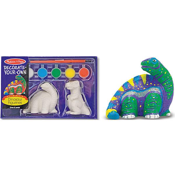 Набор Разукрась фигурку динозавраНаборы для раскрашивания<br>Для ребенка очень важно творчество - так он развивает свои способности и играет одновременно. Такой набор - это отличный вариант подарка ребенку, который одновременно и развлечет малыша, и позволит ему развивать важные навыки. Раскрашивание динозавров способствует развитию у малышей мелкой моторики, цветовосприятия, художественного вкуса, внимания и воображения. <br>В набор входят две фигурки динозавров, краска, кисточка - с помощью этого малыш сможет украсить динозавров по своему желанию. Набор отличается удобной упаковкой, простотой использования и отличным качеством исполнения. Ребенка можно надолго увлечь им!<br><br>Дополнительная информация:<br><br>комплектация: две фигурки динозавров, краска, кисточка;<br>размер упаковки: 220 х 130 х 60 мм;<br>материал: гипс, пластик, смола.<br><br>Набор Разукрась фигурку динозавра от бренда Melissa&amp;Doug можно купить в нашем магазине.<br><br>Ширина мм: 200<br>Глубина мм: 60<br>Высота мм: 130<br>Вес г: 362<br>Возраст от месяцев: 36<br>Возраст до месяцев: 120<br>Пол: Унисекс<br>Возраст: Детский<br>SKU: 4993667