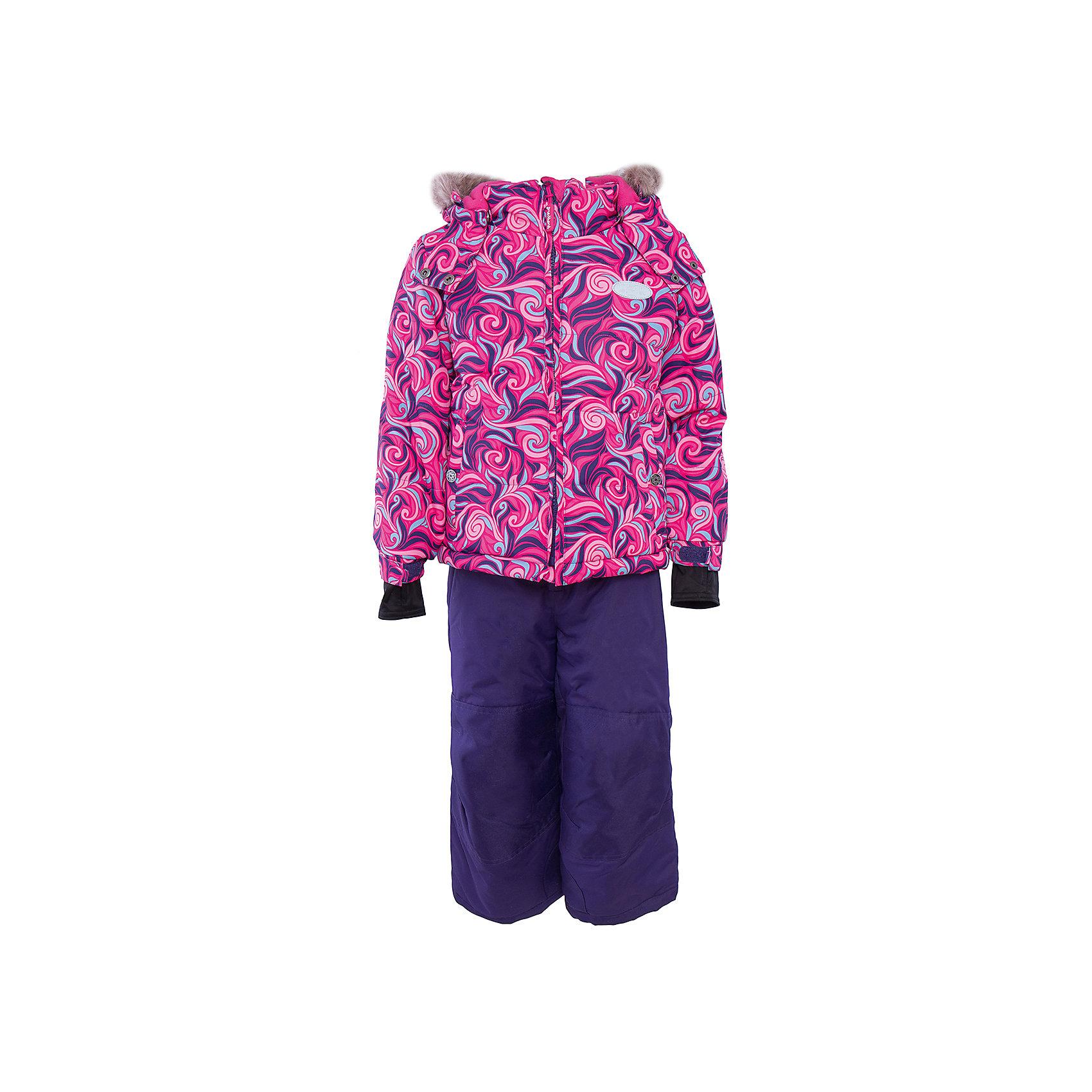 Комплект: куртка и брюки для девочки PremontВерхняя одежда<br>Комплект: куртка и брюки для девочки от известного бренда Premont .<br>Ниагарский водопад по праву считается самым знаменитым и завораживающим водопадом в мире. Принт комбинезона «Загадка Ниагары» состоит из волнистых, переплетающихся между собой линий, словно струящиеся воды Ниагары слились воедино.<br>Состав:<br>Ткань верха: мембрана 5000мм/5000г/м2/24h, Taslan <br>Подклад: Polarfleece (тело, капюшон, манжеты), Taffeta (брюки, рукава, снежная юбка) Утеплитель: Tech-polyfill (куртка 280г, брюки 180г)<br><br>Ширина мм: 356<br>Глубина мм: 10<br>Высота мм: 245<br>Вес г: 519<br>Цвет: розовый<br>Возраст от месяцев: 18<br>Возраст до месяцев: 24<br>Пол: Женский<br>Возраст: Детский<br>Размер: 92,164,98,100,104,110,116,120,122,128,140,152<br>SKU: 4996683