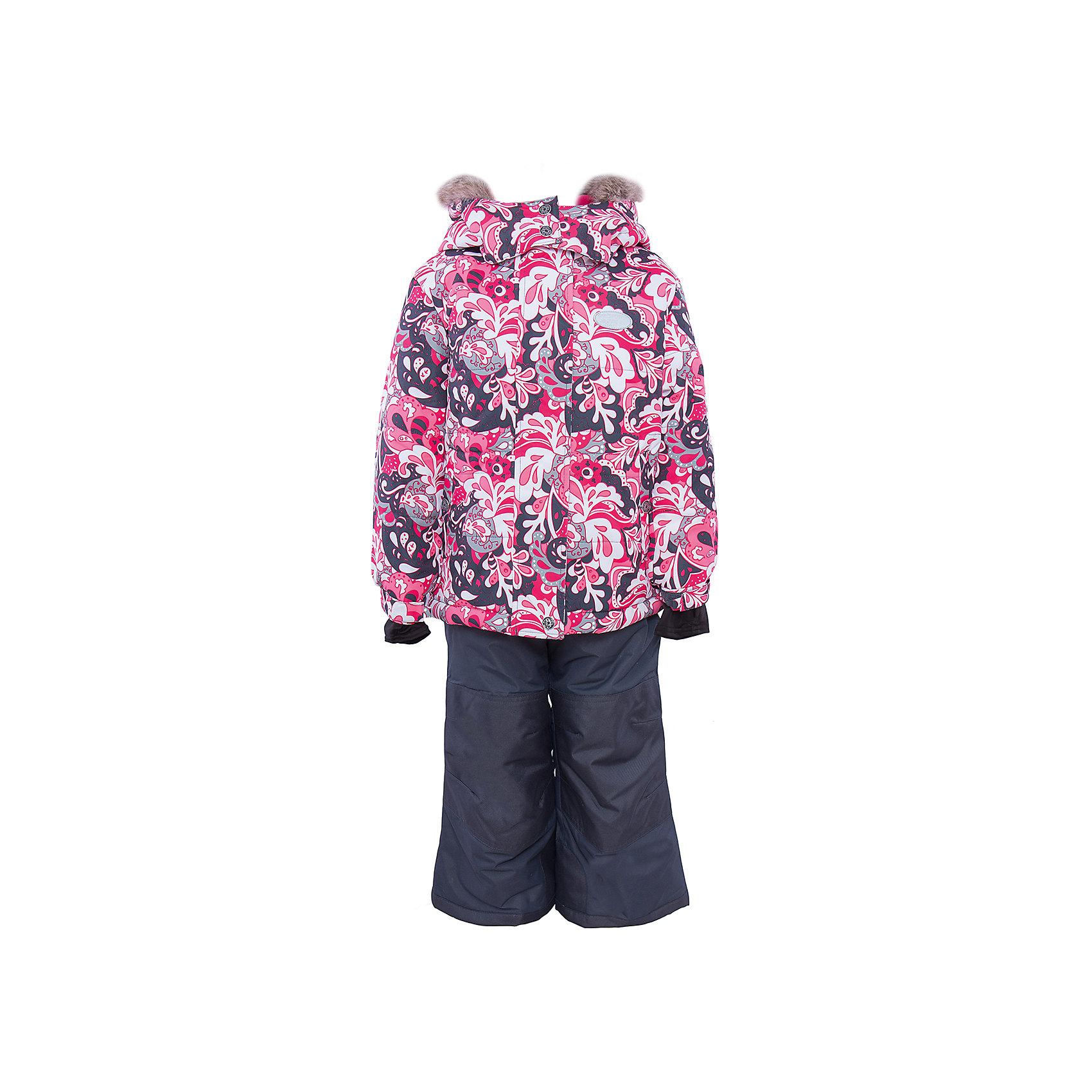 Комплект: куртка и брюки для девочки PremontВерхняя одежда<br>Комплект: куртка и брюки для девочки от известного бренда Premont.<br>Один из самых популярных восточных орнаментов основан на базовом элементе в форме капли или «огурца» - носит название «Пейсли». Название это онполучил благодаря одноименному Шотландскому городку, где и сосредоточилось основное производство тканей. «Пейсли» ежегодно вдохновляет дизайнеров всего мира на создание новых орнаментов, и команда Premont – не исключение.<br>Состав:<br>Ткань верха: мембрана 5000мм/5000г/м2/24h, Taslan<br>Подклад: Polarfleece (тело, капюшон, манжеты), Taffeta (брюки, рукава, снежная юбка) Утеплитель: Tech-polyfill (куртка 280г, брюки 180г)<br><br>Ширина мм: 356<br>Глубина мм: 10<br>Высота мм: 245<br>Вес г: 519<br>Цвет: красный<br>Возраст от месяцев: 36<br>Возраст до месяцев: 36<br>Пол: Женский<br>Возраст: Детский<br>Размер: 100,128,98,104,110,116,120,122<br>SKU: 4996764