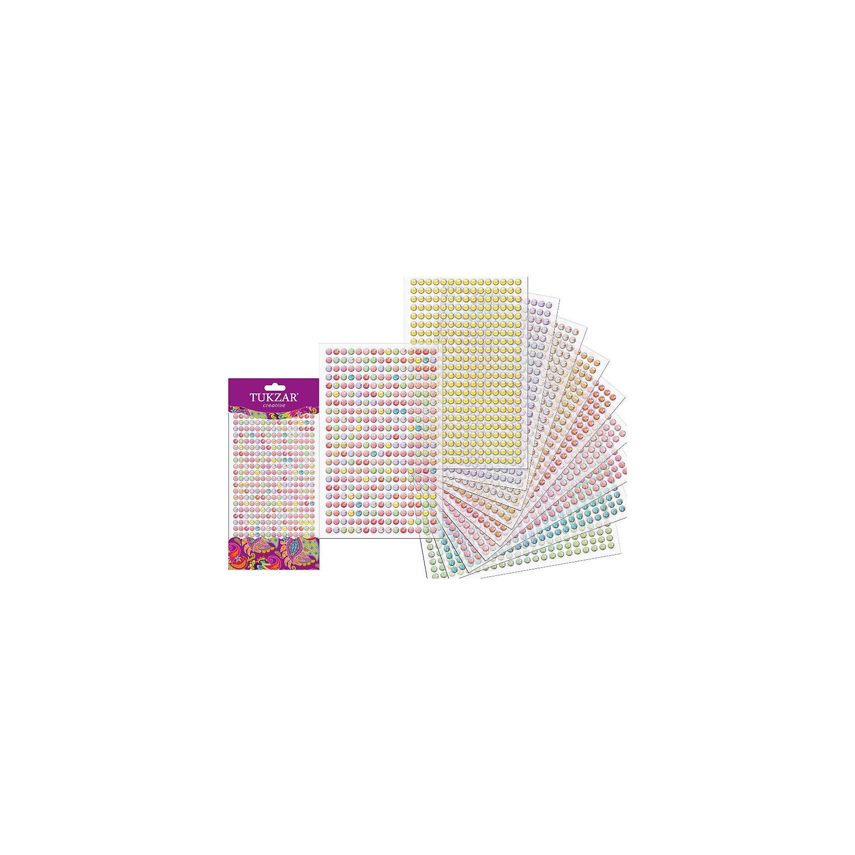 Акриловые наклейки-стразы (330 шт на листе)Творчество для малышей<br>Наклейки-стразы (330 штук на листе) от известного торгового бренда канцелярских товаров и товаров для творчества TUKZAR. Наклейки-стразы можно использовать для оформления и декорирования ручных поделок, оформления подарочной упаковки или в качестве стильного аксессуара для маскарадного костюма. Набор включает в себя различные по цвету стразы классической формы, что позволит создать авторские узоры на любой поверхности.<br><br>Дополнительная информация:<br><br>- Предназначение: для творческих занятий, оформительских работ и декорирования<br>- Материал: акрил<br>- Комплектация: круглые наклейки-стразы в ассортименте <br>- Размеры (Д*Ш): 10*23 см<br>- Упаковка: блистер<br><br>Подробнее:<br><br>• Для детей в возрасте: от 5 лет <br>• Страна производитель: Китай<br>• Торговый бренд: TUKZAR<br><br>Наклейки-стразы (330 штук на листе) можно купить в нашем интернет-магазине.<br><br>Ширина мм: 100<br>Глубина мм: 230<br>Высота мм: 10<br>Вес г: 50<br>Возраст от месяцев: 36<br>Возраст до месяцев: 144<br>Пол: Женский<br>Возраст: Детский<br>SKU: 5001398