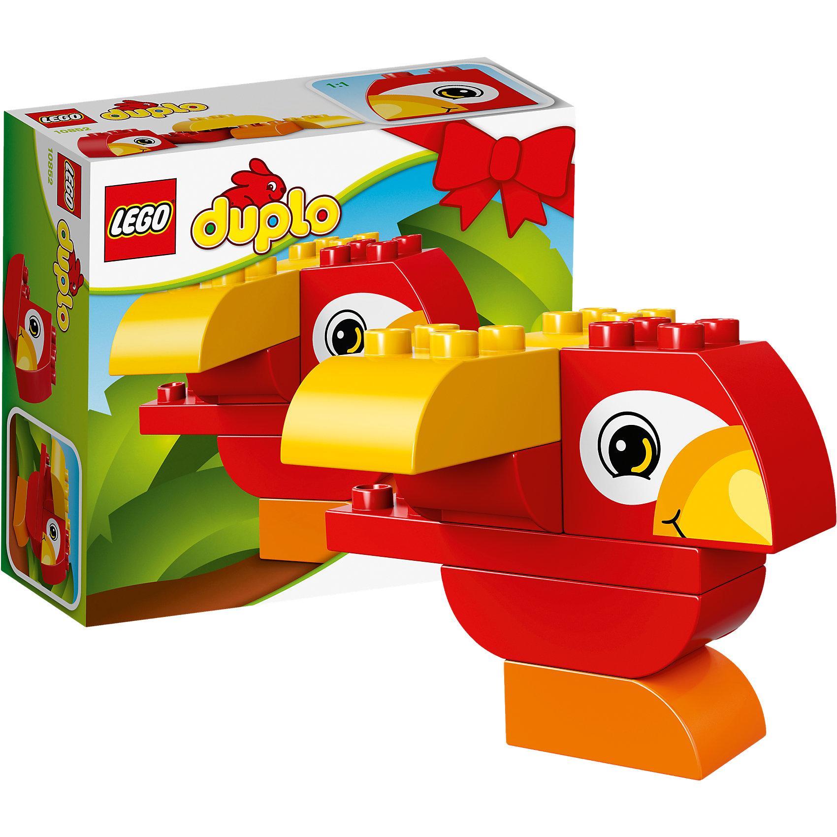 LEGO DUPLO 10852: Моя первая птичкаLEGO DUPLO 10852: Моя первая птичка<br><br>Характеристики:<br><br>- в набор входит: детали птички, инструкция<br>- состав: пластик<br>- количество деталей: 7<br>- размер коробки: 15 * 1,5 * 6 см.<br>- для детей в возрасте: от 1,5 до 3 лет<br>- Страна производитель: Дания/Китай/Чехия/<br><br>Легендарный конструктор LEGO (ЛЕГО) представляет серию «DUPLO» (Д?пло) для самых маленьких. Крупные детали безопасны для малышей, а интересная тематика, возможность фантазировать, собирать из конструктора свои фигуры и играть в него приведут кроху в восторг! Этот небольшой набор сразу и игрушка и конструктор. Яркие и отлично детализированные детали выполнены из очень качественного пластика. Ребенок сможет собирать из них райских птичек, располагая крылья и хохолок по-разному. Детали набора подходят ко всем другим наборам серии DUPLO. Играя с этим конструктором ребенок сможет развить внимание, память, моторику ручек, а также творческие способности. <br><br>Конструктор  LEGO DUPLO 10852: Моя первая птичка можно купить в нашем интернет-магазине.<br><br>Ширина мм: 159<br>Глубина мм: 144<br>Высота мм: 66<br>Вес г: 126<br>Возраст от месяцев: 12<br>Возраст до месяцев: 36<br>Пол: Унисекс<br>Возраст: Детский<br>SKU: 5002408