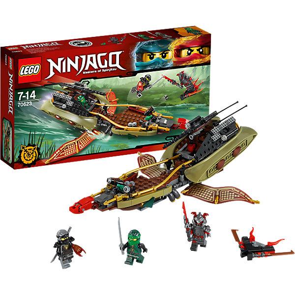 LEGO NINJAGO 70623: Тень судьбыПластмассовые конструкторы<br>LEGO NINJAGO 70623: Тень судьбы<br><br>Характеристики:<br><br>- в набор входит: детали тени судьбы и летающего плота, 3 минифигурки, 1 клинок времени, аксессуары, инструкция по сборке<br>- минифигурки набора: Вермалион Вермин, Коул, Ллойд<br>- состав: пластик<br>- количество деталей: 360<br>- размер тени судьбы : 30 * 8 * 10 см. <br>- размер тени судьбы в режиме полета: 30 * 8 * 23 см.<br>- для детей в возрасте: от 8 до 14 лет<br>- Страна производитель: Дания/Китай/Чехия<br><br>Легендарный конструктор LEGO (ЛЕГО) представляет серию «NINJAGO» (Ниндзяго) - это увлекательный мир воинов ниндзя против зла. Ребенку понравятся разнообразие приключений и возможности новых игр. <br><br>Фигурка ниндзи Коула в своем новом дизайне, он разрисован спереди, на ногах и сзади, в руках держит катану и клинок, останавливающий время, у фигурки два выражения лица. Фигурка Ллойда отлично проработана в салатово-зеленых цветах. Фигурка злодея Вермина представлена в мощном доспехе и шлеме, он держит новый клинок и у него два выражения лица. Летающий плот злодея оснащен клинками и выглядит опасно. <br><br>Корабль тень судьбы предназначен для плавания по болотам, с помощью спускового механизма раскрываются два крыла, превращая корабль в летательный аппарат. На корме корабля расположена голова дракона и две пушки, стреляющие снарядами. Золотые бортики добавляют безопасности пассажирам, в капитанской рубке есть место для двух минифигурок. Пульт управления хорошо детализирован. К кораблю присоединены два каноэ с веслами, в которых могут плавать ниндзя. Помоги отважным ниндзя пройти через болото и покончить со злодеем. <br><br>Играя с конструктором ребенок развивает моторику рук, воображение и логическое мышление, научится собирать по инструкции и создавать свои модели. Придумывайте новые истории любимых героев с набором LEGO «NINJAGO»!<br><br>Конструктор LEGO NINJAGO 70623: Тень судьбы можно купить в нашем интернет-магазине.<br><br>Шир