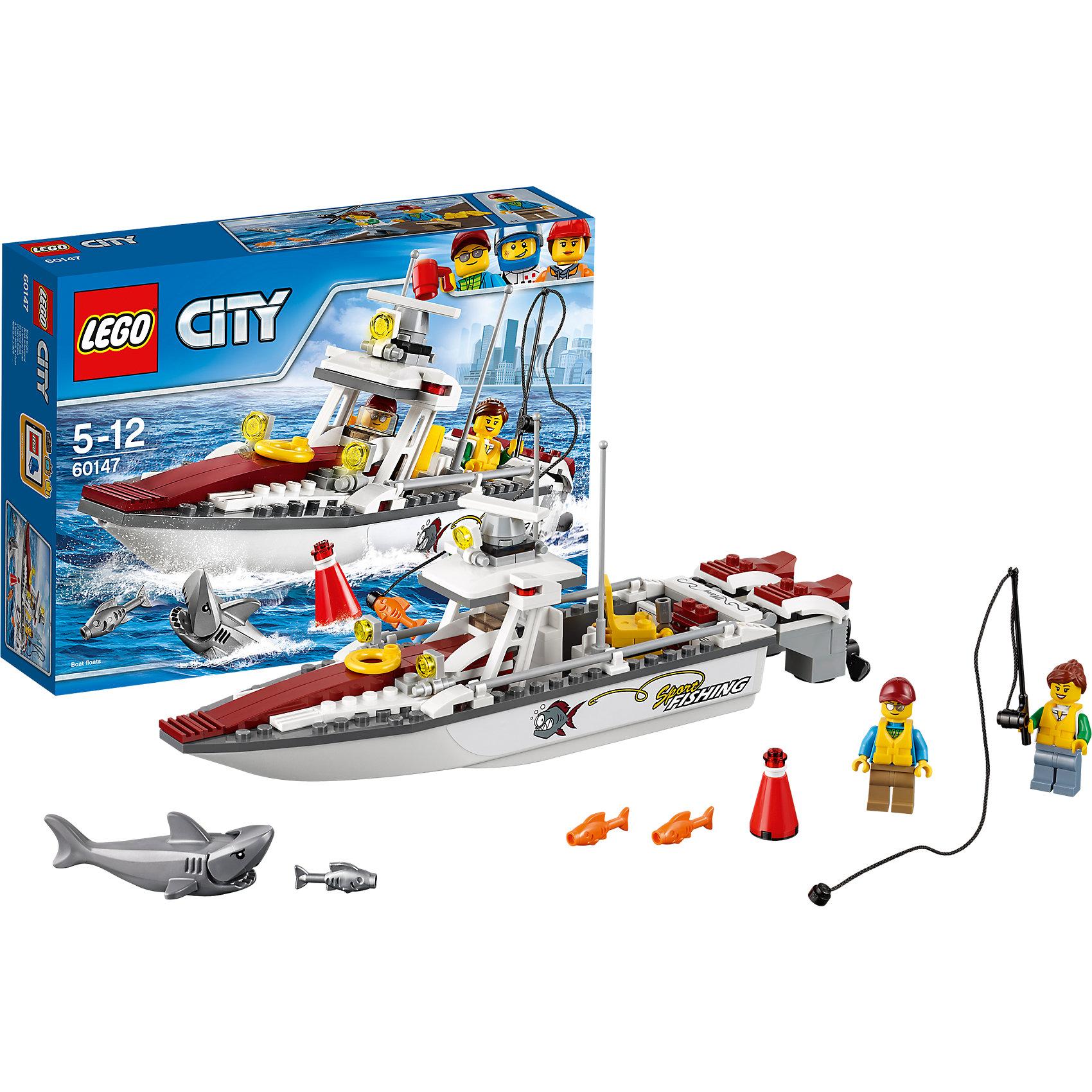 LEGO City 60147: Рыболовный катерПластмассовые конструкторы<br>LEGO City 60147: Рыболовный катер<br><br>Характеристики:<br><br>- в набор входит: детали катера, наклейки для оформления, 2 минифигурки, акула, аксессуары, инструкция<br>- состав: пластик<br>- количество деталей: 144<br>- приблизительное время сборки: 20 минут<br>- размер коробки: 19 * 6 * 26 см.<br>- размер катера: 28 * 6 * 11 см.<br>- длина акулы: 7 см.<br>- для детей в возрасте: от 5 до 12 лет<br>- Страна производитель: Дания/Китай/Чехия<br><br>Легендарный конструктор LEGO (ЛЕГО) представляет серию «City» (Сити) в виде деталей жизни большого города, в котором есть абсолютно все. Серия делает игры еще более настоящими, благодаря отличным аксессуарам. Сезон рыбалки открыт в окрестностях Лего Сити. Два отважных рыбака отправились на своем спортивном катере в открытое море. Фигурки рыбаков отлично детализированы и качественно прорисованы, на каждую фигурку одет спасательный жилет. Красивый спортивный катер имеет все необходимое для безопасности на борту и отличной рыбалки. Два мощных мотора развивают отличную скорость и позволит быстро выбраться за пределы буйка из набора. Но куда же делась вся рыба? За пределами охраняемой береговой линии плавает хищная серая акула! Эта рыбалка обещает быть незабываемой! Моделируй разные истории и ситуации в Лего Сити, а в процессе игры развивай творческие способности и претворяй свои идеи в жизнь. Этот интересный набор отлично подойдет как новичкам Лего, так и преданным фанатам и коллекционерам серии.<br><br>Конструктор LEGO City 60147: Рыболовный катер можно купить в нашем интернет-магазине.<br><br>Ширина мм: 262<br>Глубина мм: 192<br>Высота мм: 66<br>Вес г: 325<br>Возраст от месяцев: 60<br>Возраст до месяцев: 144<br>Пол: Мужской<br>Возраст: Детский<br>SKU: 5002461