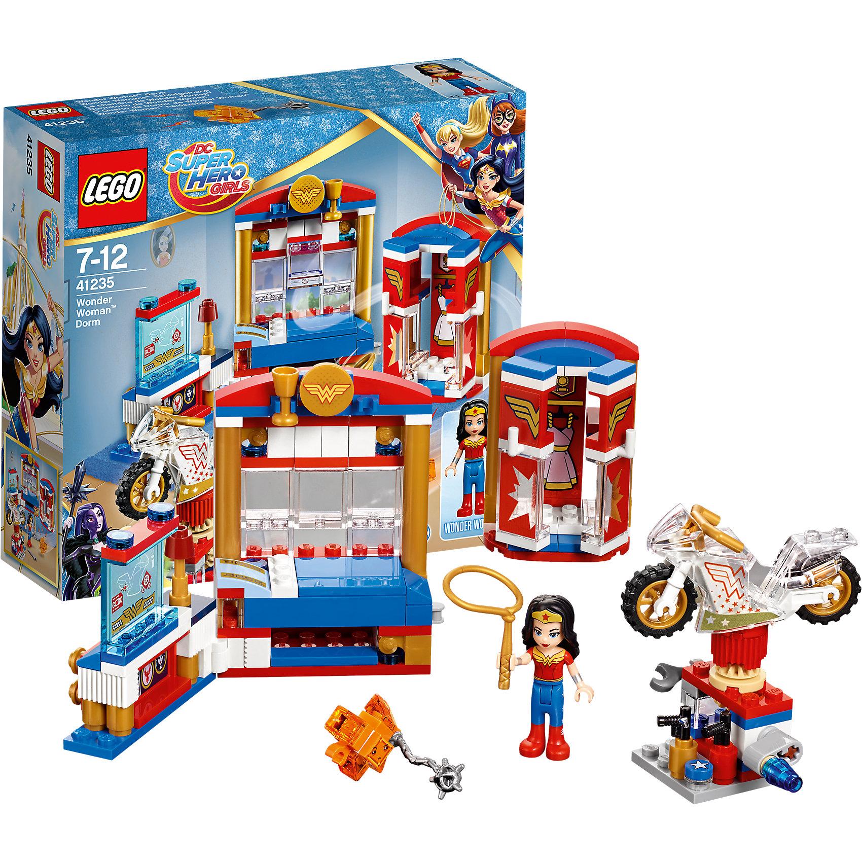 LEGO DC Super Girls 41235: Дом Чудо-женщиныПластмассовые конструкторы<br>LEGO DC Super Girls 41235: Дом Чудо-женщины<br><br>Характеристики:<br><br>- в набор входит: детали мебели и мотоцикла, фигурка Чудо-женщины, Криптомит, аксессуары, инструкция по сборке<br>- фигурки набора: Чудо-женщина<br>- состав: пластик<br>- количество деталей: 186<br>- размер кровати, шкафа и рабочей станции: 17 * 3 * 9 см.<br>- размер подставки для мотоцикла: 3 * 4 * 3 см.<br>- размер мотоцикла: 6 * 2 * 3 см.<br>- для детей в возрасте: от 7 до 12 лет<br>- Страна производитель: Дания/Китай/Чехия<br><br>Легендарный конструктор LEGO (ЛЕГО) представляет серию «DC Super Girls» (ДиСи Супер Гёрлс) по сюжетам фильмов и мультфильмов о супергероинях. Этот набор понравится любителям короткометражных мультфильмов компании Warner Brothers DC Super Girls (ДиСи Супер Гёрлс). <br><br>Невероятная комната Чудо-женщины в Школе Супергероев говорит за свою владелицу! Вся мебель выполнена в бело-сине-красных цветах ее стиля. Просторная кровать со столбиками и полочками для призов и личных вещей позволяет героине восстановить свои силы после тяжелого учебного дня. Под кроватью есть месть для хранения лассо. К кровати присоединяется рабочая станция с суперкомпьютером, позволяющим следить за преступниками, на столе стоит небольшая лампа. Красивый шкаф с полупрозрачными дверями и эмблемой Чудо-женщины вмещает все ее наряды. Один из самых интересных объектов в комнате героини – это станция для мотоцикла. Станция поворачивается для более удобной работы с мотоциклом, Чудо-женщина полирует его воском, ремонтирует по мере необходимости с помощью гаечного ключа, у нее также есть два баллончика с краской. <br><br>Фигурка Чудо-женщины отлично проработана, ее рельефные волосы уложены в красивую прическу, а ее супергеройский наряд очень ей идет. Защити лассо Чудо-женщины от Криптомита, который пробрался в ее комнату! <br><br>Играя с конструктором ребенок развивает моторику рук, воображение и логическое мышление, научится соб