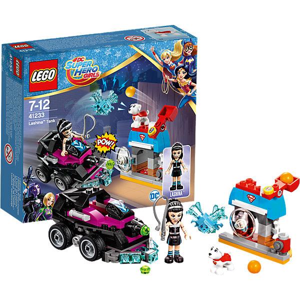 LEGO DC Super Girls 41233: Танк ЛашиныПластмассовые конструкторы<br>LEGO DC Super Girls 41233: Танк Лашины<br><br>Характеристики:<br><br>- в набор входит: детали танка и домика Крипто, фигурка Лашины и фигурка собачки Крипто, Криптомит, аксессуары, инструкция по сборке<br>- фигурки набора: Лашина<br>- состав: пластик<br>- количество деталей: 145 <br>- размер танка: 10 * 5 * 4 см.<br>- размер будки: 6 * 3 * 5 см.<br>- для детей в возрасте: от 7 до 12 лет<br>- Страна производитель: Дания/Китай/Чехия<br><br>Легендарный конструктор LEGO (ЛЕГО) представляет серию «DC Super Girls» (ДиСи Супер Гёрлс) по сюжетам фильмов и мультфильмов о супергероинях. <br><br>Этот набор понравится любителям короткометражных мультфильмов компании Warner Brothers DC Super Girls (ДиСи Супер Гёрлс). Фигурка злодейки Лашины отлично проработана, ее рельефные волосы уложены под два ободка. Ее классический наряд представлен в черно-голубой гамме. Фигурка может двигать головой, руками, торсом и принимать сидячее положение. Злодейка на своем черном танке встретилась с Крипто, питомцем Сурепгёрл и его защитной конурой. Крипто использует свою катапульту в качестве защиты. <br><br>Танк злодейки ездит на 4-х колесах очень плавно, передняя защита в виде ледяных кристаллов делает броню еще надежнее, передняя пушка стреляет зелеными снарядам. Голубой Криптомит присоединился к злодейке. Помоги Крипто одержать верх над Лашиной и Криптомитами! <br><br>Играя с конструктором ребенок развивает моторику рук, воображение и логическое мышление, научится собирать по инструкции и создавать свои модели. Придумывайте новые истории любимых героев с набором LEGO «DC Super Girls»!<br><br>Конструктор LEGO DC Super Girls 41233: Танк Лашины можно купить в нашем интернет-магазине.<br>Ширина мм: 159; Глубина мм: 140; Высота мм: 47; Вес г: 151; Возраст от месяцев: 84; Возраст до месяцев: 144; Пол: Женский; Возраст: Детский; SKU: 5002473;