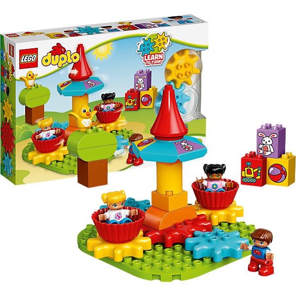 LEGO DUPLO 10845: Моя первая карусельПластмассовые конструкторы<br>LEGO DUPLO 10845: Моя первая карусель<br><br>Характеристики:<br><br>- в набор входит: детали, 3 фигурки детей, 1 фигурка птенца, аксессуары, инструкция<br>- состав: пластик<br>- количество деталей: 24<br>- для детей в возрасте: от 1,5 до 3 лет<br>- Страна производитель: Дания/Китай/Чехия/<br><br>Легендарный конструктор LEGO (ЛЕГО) представляет серию «DUPLO» (Д?пло) для самых маленьких. Крупные детали безопасны для малышей, а интересная тематика, возможность фантазировать, собирать из конструктора свои фигуры и играть в него приведут кроху в восторг! В этом шикарном наборе дети идут развлекаться в парк аттракционов. Яркая карусель с двумя чашами вращается при повороте голубой шестеренки. Три фигурки отлично детализированы и качественно прорисованы. Мальчик и две девочки радуются своим новым приключениям. В набор входят детали для дерева, фигурка птенца и три кубика с рисунками игрушек. Этот набор станет отличным приобретением для малышей, ведь его можно крутить. Играя с этим конструктором дети смогут моделировать ситуации, фантазировать, развивать логику, причинно-следственные связи, моторику ручек и создавать новые фигуры. <br><br>Конструктор LEGO DUPLO 10845: Моя первая карусель можно купить в нашем интернет-магазине.<br><br>Ширина мм: 386<br>Глубина мм: 261<br>Высота мм: 73<br>Вес г: 662<br>Возраст от месяцев: 12<br>Возраст до месяцев: 36<br>Пол: Унисекс<br>Возраст: Детский<br>SKU: 5002512