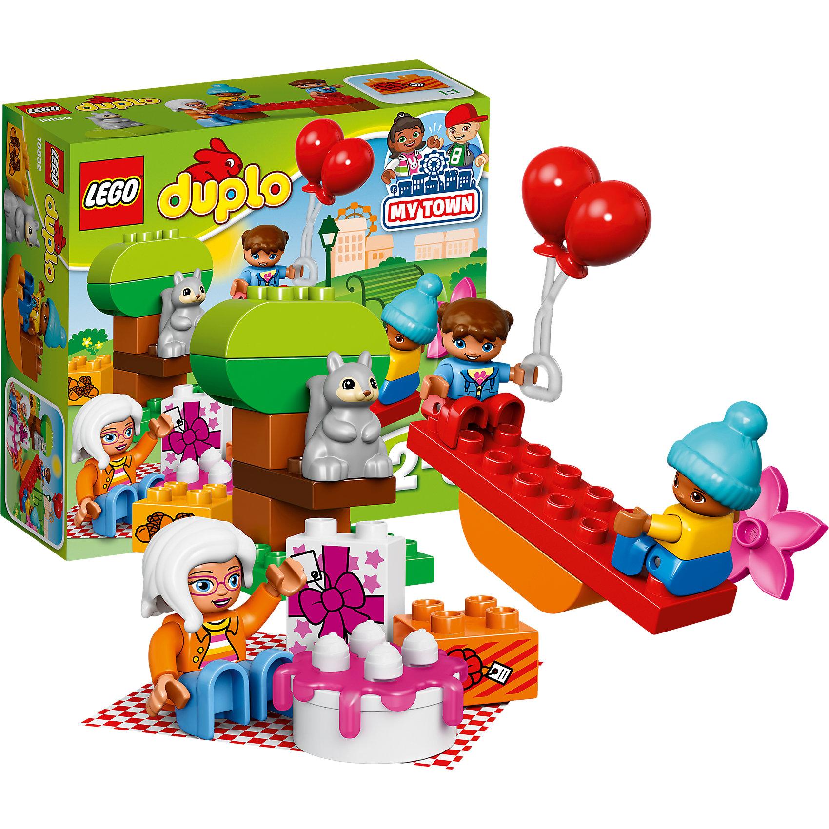 LEGO DUPLO 10832: День рожденияПластмассовые конструкторы<br>LEGO DUPLO 10832: День рождения<br><br>Характеристики:<br><br>- в набор входит: детали, 3 фигурки людей, фигурка белки, аксессуары, инструкция<br>- состав: пластик<br>- количество деталей: 19<br>- для детей в возрасте: от 2 до 5 лет<br>- Страна производитель: Дания/Китай/Чехия/<br><br>Легендарный конструктор LEGO (ЛЕГО) представляет серию «DUPLO» (Д?пло) для самых маленьких. Крупные детали безопасны для малышей, а интересная тематика, возможность фантазировать, собирать из конструктора свои фигуры и играть в него приведут кроху в восторг! В этом наборе бабушка устраивает день рождение своих внуков на пикнике в парке. Каждая фигурка отлично детализирована, в комплекте фигурки бабушки, девочки и мальчика. Расстелив клетчатое покрывало из комплекта бабушка достала сладкий торт и, конечно же, подарки. На раскидистом дубе сидит серенькая белочка, а под нам лежит горка желудей. Дети любят отдыхать с бабушкой в парке, а также кататься на качелях. Играя с этим конструктором дети смогут моделировать ситуации, фантазировать, развивать моторику ручек и создавать новые фигуры. <br><br>Конструктор LEGO DUPLO 10832: День рождения можно купить в нашем интернет-магазине.<br><br>Ширина мм: 191<br>Глубина мм: 205<br>Высота мм: 78<br>Вес г: 281<br>Возраст от месяцев: 24<br>Возраст до месяцев: 60<br>Пол: Унисекс<br>Возраст: Детский<br>SKU: 5002516