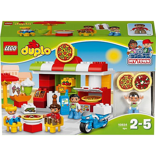 LEGO DUPLO 10834: ПиццерияПластмассовые конструкторы<br>LEGO DUPLO 10834: Пиццерия<br><br>Характеристики:<br><br>- в набор входит: детали, 3 фигурки людей, скутер, аксессуары, инструкция<br>- состав: пластик<br>- количество деталей: 57<br>- для детей в возрасте: от 2 до 5 лет<br>- Страна производитель: Дания/Китай/Чехия/<br><br>Легендарный конструктор LEGO (ЛЕГО) представляет серию «DUPLO» (Д?пло) для самых маленьких. Крупные детали безопасны для малышей, а интересная тематика, возможность фантазировать, собирать из конструктора свои фигуры и играть в него приведут кроху в восторг! В этом шикарном наборе представлена настоящая пиццерия. Веселый итальянский повар готов приготовить детишкам два вида пиццы. В пиццерии имеется печь для изготовления первоклассной пиццы, необходимые ингридиенты изображены на детальках лего, которые убираются на полочку, также в пиццерии можно заказать мороженное. На кассе оплачиваются заказы, но можно и заказать пиццу по телефону, ведь он в пиццерии имеется. Синий фирменный скутер поможет доставить заказ быстро и не дать ароматной пицце остынуть. В случае дождя над столиком можно поставить зонтик. Каждая фигурка отлично детализирована, в комплекте имеется фигурка повара, фигурка девочки и мальчика. Набор предоставит все необходимое для игры, вам останется только придумать название для своей новой итальянской пицццерии. Играя с этим конструктором дети смогут моделировать ситуации, фантазировать, развивать моторику ручек и создавать новые фигуры. <br><br>Конструктор LEGO DUPLO 10834: Пиццерия можно купить в нашем интернет-магазине.<br><br>Ширина мм: 387<br>Глубина мм: 263<br>Высота мм: 124<br>Вес г: 945<br>Возраст от месяцев: 24<br>Возраст до месяцев: 60<br>Пол: Унисекс<br>Возраст: Детский<br>SKU: 5002520