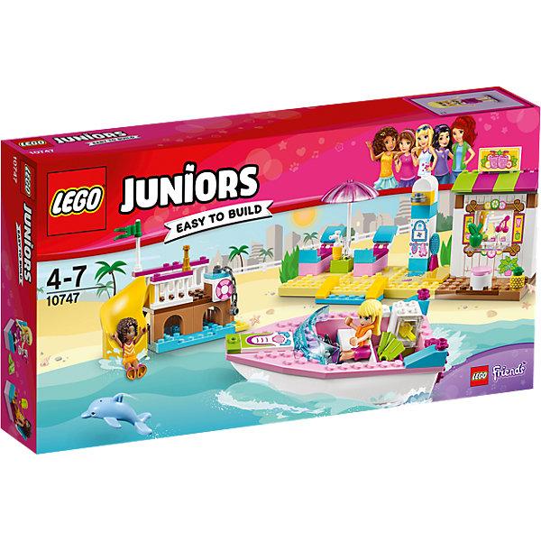 LEGO Juniors 10747: День на пляже с Андреа и СтефаниПластмассовые конструкторы<br>LEGO Juniors 10747: День на пляже с Андреа и Стефани<br><br>Характеристики:<br><br>- в набор входит: детали катера, порта, магазинчиков, 2 фигурки девочек, аксессуары, красочная инструкция<br>- состав: пластик<br>- количество деталей: 143 <br>- размер упаковки: 35 * 7 * 19 см.<br>- размер катера: 13 * 4 * 6 см.<br>- размер порта: 12 * 6 * 9 см.<br>- размер магазинчиков: 19 * 6 * 9 см.<br>- для детей в возрасте: от 4 до 7 лет<br>- Страна производитель: Дания/Китай/Чехия<br><br>Легендарный конструктор LEGO (ЛЕГО) представляет серию «Juniors» (Джуниорс) для новичков в строительстве из конструктора ЛЕГО. Набор День на пляже с Андреа и Стефани в себя все необходимое для игры в поход на пляж. Две куколки Андреа и Стефани представлены в пляжных нарядах, они взяли с собой лосьон для загара, немного денег, любимые ласты для плавания и оправились на пляж. На берегу их ждут удобные шезлонги под зонтиком, летний душ и кафе с напитками. Неподалеку расположен порт с винтовой горкой для прыжков в воду. У пирса пришвартован красивый розовый катер с жилетами безопасности на борту. В своем путешествии на катере девочки встретили настоящего дельфина и подружились с ним! Завтра они вернутся на пляж чтобы поиграть с новым другом снова. Играя с конструктором ребенок развивает моторику рук, воображение и логическое мышление. Придумывайте новые игры с набором LEGO «Juniors»!<br><br>Конструктор LEGO Juniors 10747: День на пляже с Андреа и Стефани можно купить в нашем интернет-магазине.<br>Ширина мм: 359; Глубина мм: 190; Высота мм: 63; Вес г: 424; Возраст от месяцев: 48; Возраст до месяцев: 84; Пол: Женский; Возраст: Детский; SKU: 5002521;