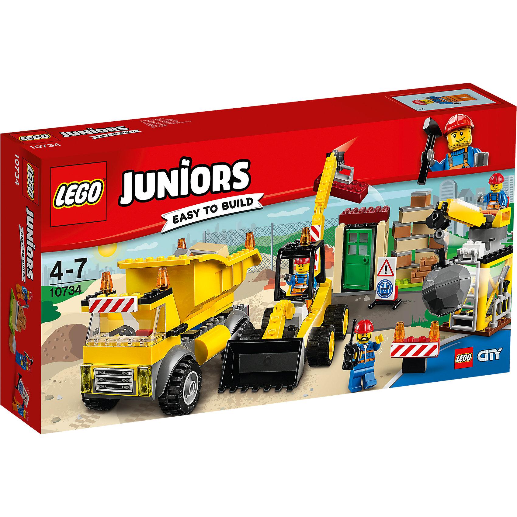 LEGO Juniors 10734: СтройплощадкаПластмассовые конструкторы<br>LEGO Juniors 10734: Стройплощадка<br><br>Характеристики:<br><br>- в набор входит: детали строительной техники и постройки, 3 минифигурки, аксессуары, красочная инструкция<br>- минифигурки набора: три рабочих<br>- состав: пластик<br>- количество деталей: 175 <br>- размер упаковки: 19 * 7 * 35 см.<br>- для детей в возрасте: от 4 до 7 лет<br>- Страна производитель: Дания/Китай/Чехия<br><br>Легендарный конструктор LEGO (ЛЕГО) представляет серию «Juniors» (Джуниорс) для новичков в строительстве из конструктора ЛЕГО. Набор «Стройплощадка» включает в себя три строительные машины: экскаватор (20 * 6 * 13 см.), самосвал (13 * 6 * 8 см.) и кран для сноса зданий (13 * 5 * 8 см.). В набор входят три минифигурки рабочих в красных касках и с инструментами. Один из них может работать на кране и разрушит старые здания, другой рабочий будет собирать блоки ковшом экскаватора, а третий будет отвозить на самосвале ненужные детали и привозить новые для постройки нового дома. В наборе имеются дорожные знаки для обеспечения безопасности работ. Небольшая постройка набора отлично разбирается и собирается и позволяет игре быть еще более реалистичной. Играя с конструктором ребенок развивает моторику рук, воображение и логическое мышление. Придумывайте новые игры с набором LEGO «Juniors»!<br><br>Конструктор LEGO Juniors 10734: Стройплощадка можно купить в нашем интернет-магазине.<br><br>Ширина мм: 356<br>Глубина мм: 190<br>Высота мм: 78<br>Вес г: 537<br>Возраст от месяцев: 48<br>Возраст до месяцев: 84<br>Пол: Мужской<br>Возраст: Детский<br>SKU: 5002523