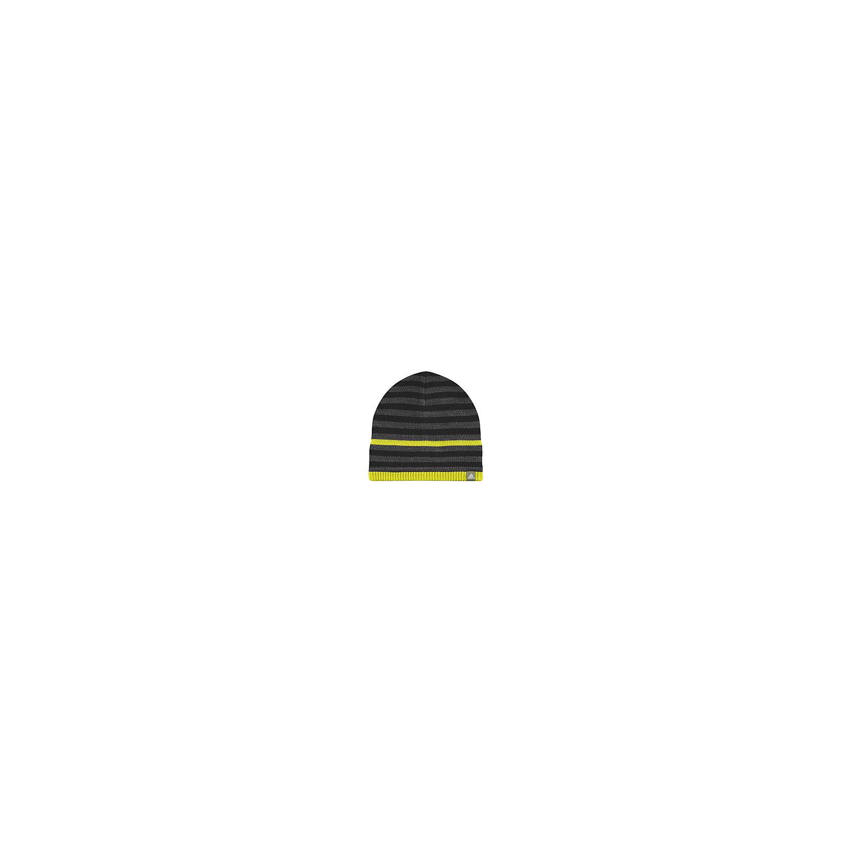 Шапка adidasГоловные уборы<br>Шапка Аdidas (Адидас).<br><br>Характеристики:<br><br>• Цвет: серый, черный, желтый.<br>• Состав: 100% полиэстер.<br>• Материал: вязаный трикотаж.<br>• Сезон: осень-зима.<br><br>Шапка от известного бренда Adidas станет удачным дополнением к гардеробу вашего мальчика. Утепленная шапка на флисовой подкладке надежно защищает ребенка в осенне-зимний период, когда на улице холодно и дует ветер. Полосатый принт шапки выгодно выделяет шапку среди других моделей. Еще одна особенность - это технология climawarm™, которая особо важна при тренировках, поскольку позволяет уходить влаге, одновременно сохраняя тепло. В такой шапочке ваш ребенок будет чувствовать себя удобно и комфортно на занятиях спортом и просто на прогулке.<br>Пусть ваши дети занимаются спортом с комфортом!<br><br>Шапку  Adidas (Адидас), можно купить в нашем интернет – магазине.<br><br>Ширина мм: 89<br>Глубина мм: 117<br>Высота мм: 44<br>Вес г: 155<br>Цвет: черный<br>Возраст от месяцев: 48<br>Возраст до месяцев: 60<br>Пол: Мужской<br>Возраст: Детский<br>Размер: 54,51-53<br>SKU: 5003640