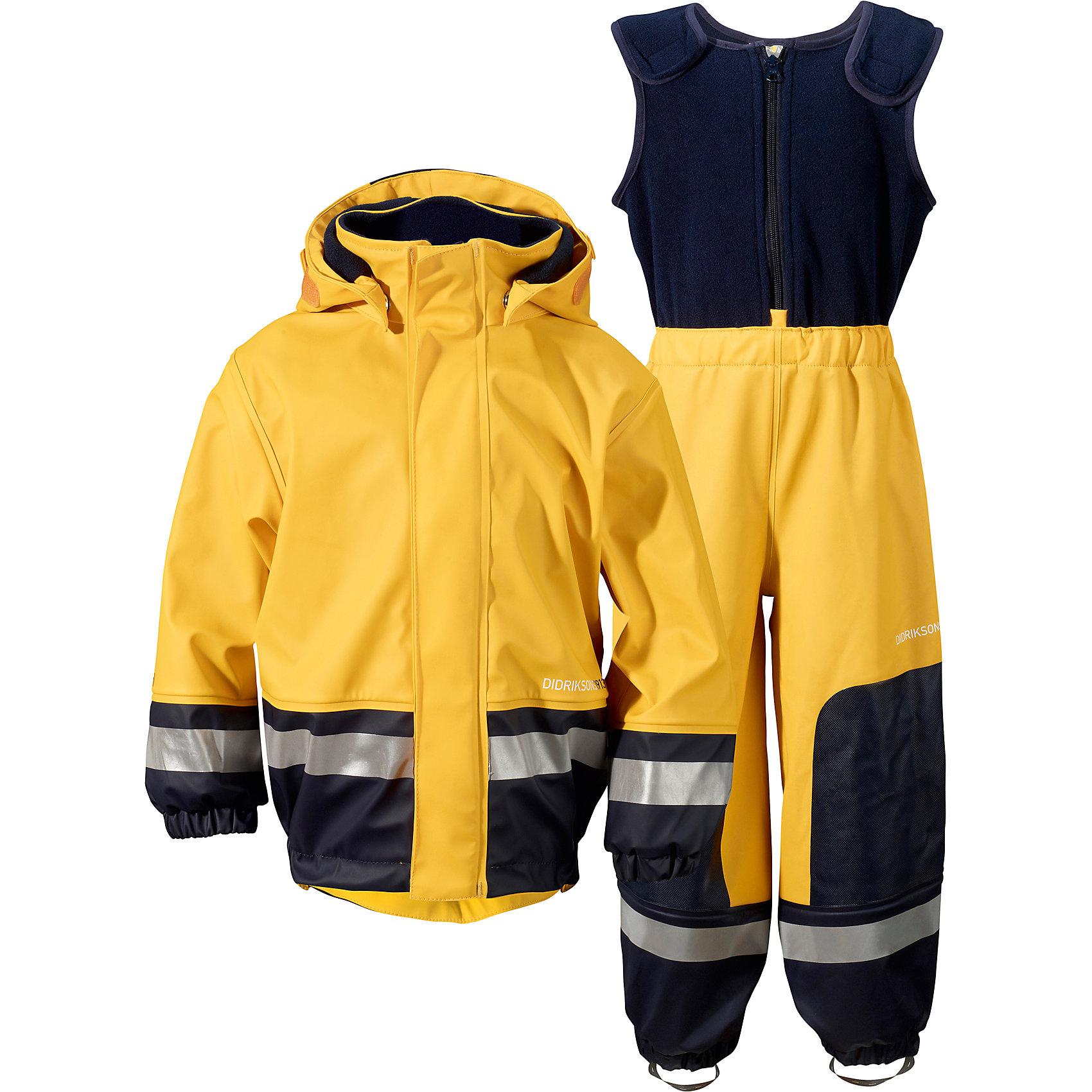 Непромокаемый комплект Boardman: куртка и брюки DIDRIKSONSВерхняя одежда<br>Характеристики товара:<br><br>• цвет: желтый<br>• материал: 100% полиуретан, подкладка - 100% полиэстер<br>• утеплитель: 60 г/м<br>• температура: от 0° до +7 ° С<br>• непромокаемая ткань<br>• подкладка из флиса<br>• проклеенные швы<br>• регулируемый съемный капюшон<br>• регулируемый пояс брюк<br>• фронтальная молния под планкой<br>• светоотражающие детали<br>• зона коленей усилена дополнительным слоем ткани<br>• грязь легко удаляется с помощью влажной губки или ткани<br>• резинки для ботинок<br>• страна бренда: Швеция<br>• страна производства: Китай<br><br>Такой непромокаемый костюм понадобится в холодную и сырую погоду! Он не только стильный, но еще и очень комфортный. Костюм обеспечит ребенку удобство при прогулках и активном отдыхе в межсезонье или оттепель. Такая модель от шведского производителя легко чистится, она оснащена разными полезными деталями.<br>Материал костюма - непромокаемый, швы дополнительно проклеены. Очень стильная и удобная модель! Изделие качественно выполнено, сделано из безопасных для детей материалов. <br><br>Комплект: куртку и брюки от бренда DIDRIKSONS можно купить в нашем интернет-магазине.<br><br>Ширина мм: 356<br>Глубина мм: 10<br>Высота мм: 245<br>Вес г: 519<br>Цвет: желтый<br>Возраст от месяцев: 18<br>Возраст до месяцев: 24<br>Пол: Унисекс<br>Возраст: Детский<br>Размер: 90,80,100<br>SKU: 5003843