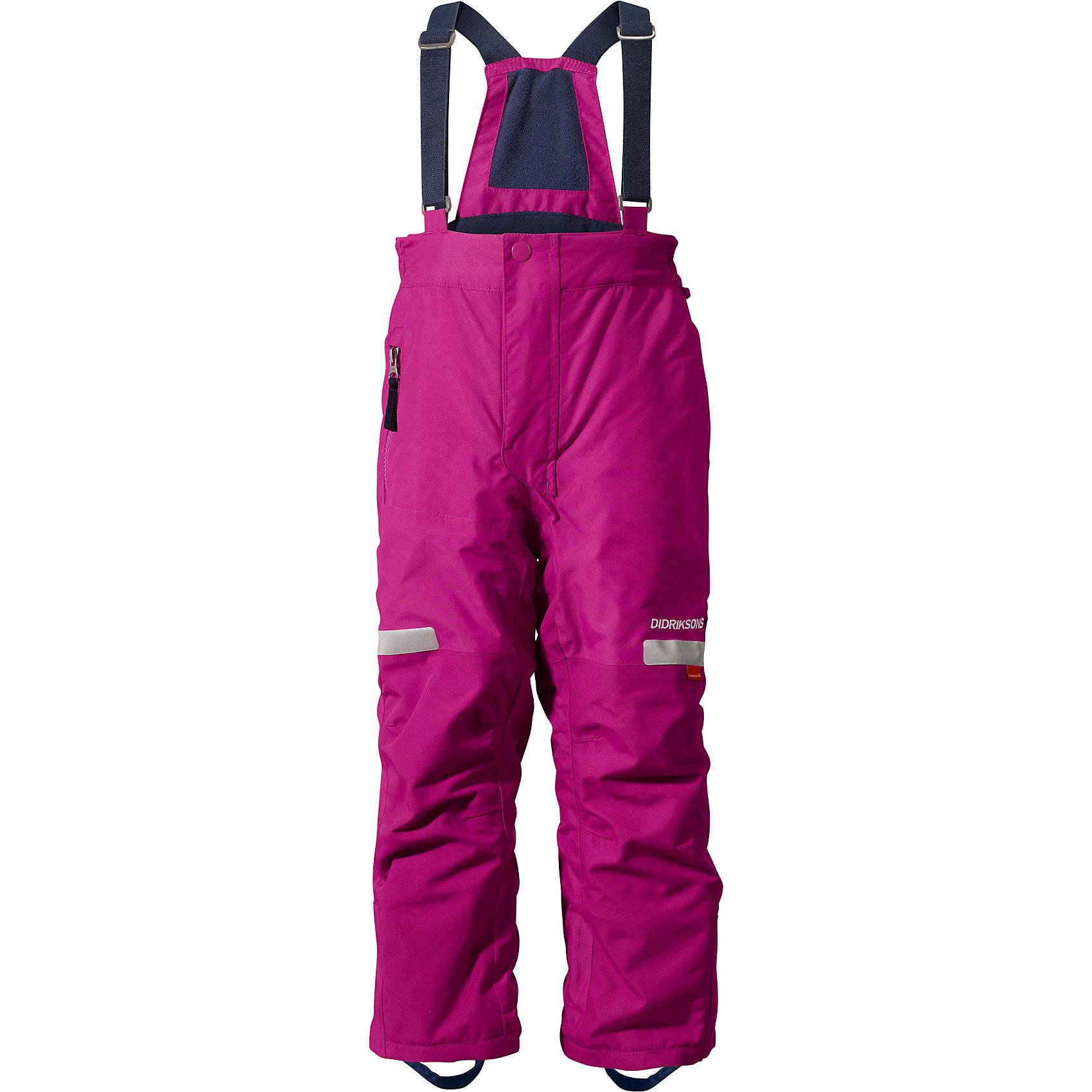 Брюки Amitola для девочки DIDRIKSONSВерхняя одежда<br>Характеристики товара:<br><br>• цвет: фиолетовый<br>• материал: 100% полиамид, подкладка 100% полиэстер<br>• утеплитель: 120 г/м<br>• сезон: зима<br>• температурный режим от +5 до -20С<br>• непромокаемая и непродуваемая мембранная ткань<br>• резинки для ботинок<br>• дополнительная пропитка верха<br>• прокленные швы<br>• талия и низ штанин регулируется<br>• внутренние гетры<br>• ширинка на молнии<br>• фиксированные лямки<br>• светоотражающие детали<br>• можно увеличить длину штанин на один размер <br>• страна бренда: Швеция<br>• страна производства: Китай<br><br>Такие брюки незаменимы в холодную и сырую погоду! Это не только стильно, но еще и очень комфортно, а также тепло. Они обеспечат ребенку удобство при прогулках и активном отдыхе зимой. Брюки от шведского производителя легко трансформируются под рост ребенка и погодные условия.<br>Модель сшита из мембранной ткани, которая позволяет телу дышать, но при этом не промокает и не продувается. Очень стильная и удобная модель! Изделие качественно выполнено, сделано из безопасных для детей материалов. <br><br>Брюки для девочки от бренда DIDRIKSONS можно купить в нашем интернет-магазине.<br><br>Ширина мм: 215<br>Глубина мм: 88<br>Высота мм: 191<br>Вес г: 336<br>Цвет: фиолетовый<br>Возраст от месяцев: 12<br>Возраст до месяцев: 15<br>Пол: Женский<br>Возраст: Детский<br>Размер: 80,100<br>SKU: 5003874