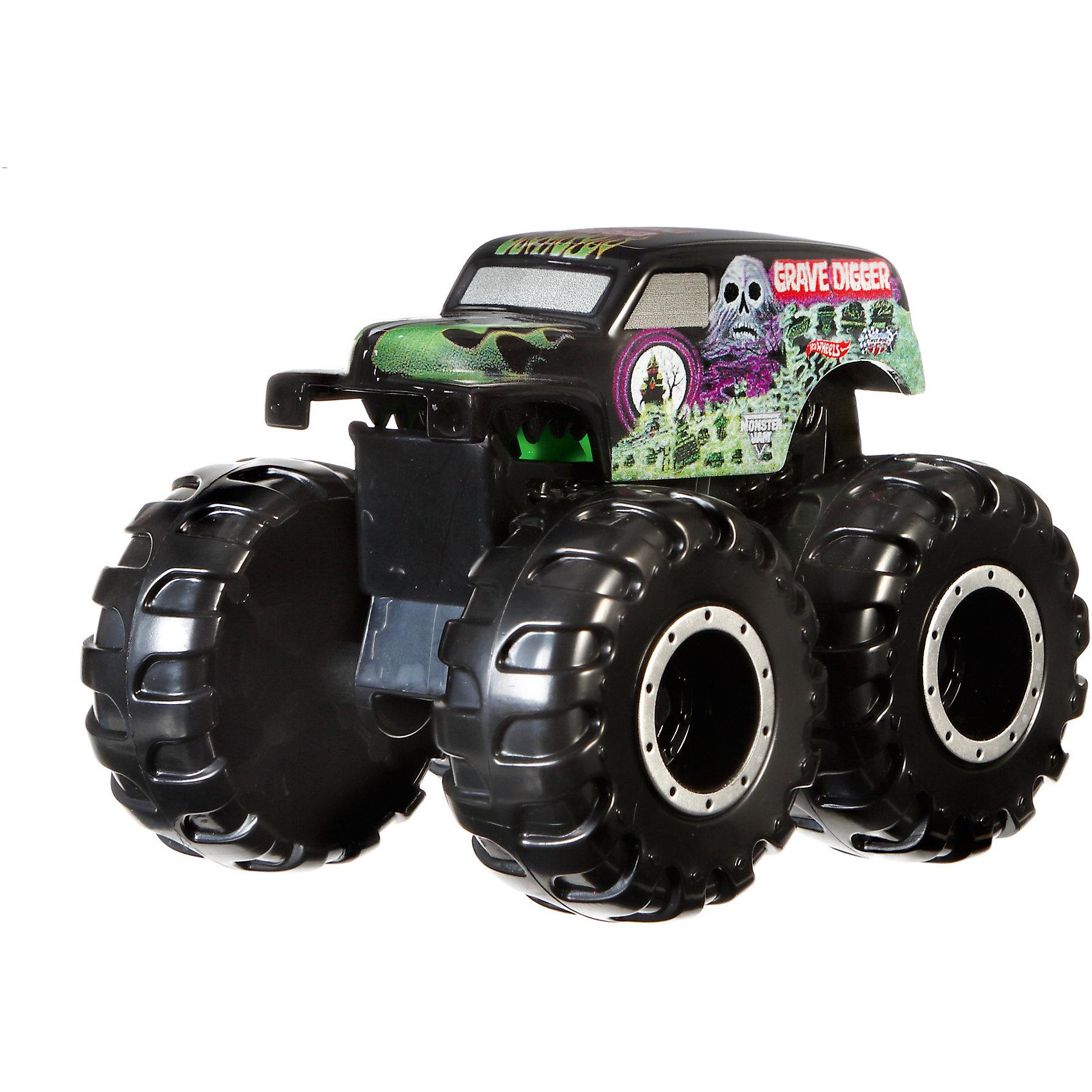 Машинка - мутант серии Monster Jam, Hot WheelsМашинки<br>Машинка – мутант – не простая игрушка на колесах, а настоящее чудо техники, которое увлечет любого малыша. Все машинки выполнены из пластика, который не боится ударов и падения игрушки с высоты. Колеса имеют большой размер, что позволяет машинке беспрепятственно передвигаться по любым поверхностям. Корпус машинки поднимается вверх. Машинка упакована в плотную картонную коробку с включением пластика. Материалы, использованные при изготовлении игрушек, полностью безопасны для детей и отвечают всем требованиям по качеству.<br><br>Дополнительная информация: <br><br>цвет: разноцветный;<br>материал: пластик.<br><br>Машинку - мутант серии Monster Jam,из серии  Hot Wheels, от компании Mattel можно приобрести в нашем магазине.<br><br>Ширина мм: 65<br>Глубина мм: 140<br>Высота мм: 215<br>Вес г: 166<br>Возраст от месяцев: 48<br>Возраст до месяцев: 120<br>Пол: Мужской<br>Возраст: Детский<br>SKU: 5004451