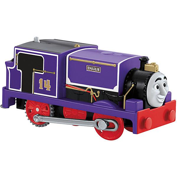 Моторизированный паровозик, Томас и его друзьяЖелезные дороги<br>Железная дорога – увлекательная игра, знакомая многим родителям с детства. Моторизированные паровозики – новое слово техники в сфере детских игрушек. Томас , веселый паровозик, ездит по железной дороге вместе со своими друзьями. В наборе представлено 6 игрушек. Все модели упакованы в удобную картонную коробку, компактного размера, подходящую для хранения. Материалы, использованные при изготовлении игрушек, сертифицированы, полностью безопасны для детей и отвечают всем требованиям по качеству.<br><br>Дополнительная информация: <br><br>цвет: разноцветный;<br>возраст: 3+;<br>количество: 6 штук;<br>материал: высококачественный пластик.<br>Моторизированные паровозики «Томас и его друзья» от компании Mattel можно приобрести в нашем магазине<br><br>Ширина мм: 45<br>Глубина мм: 210<br>Высота мм: 140<br>Вес г: 166<br>Возраст от месяцев: 36<br>Возраст до месяцев: 120<br>Пол: Унисекс<br>Возраст: Детский<br>SKU: 5004512