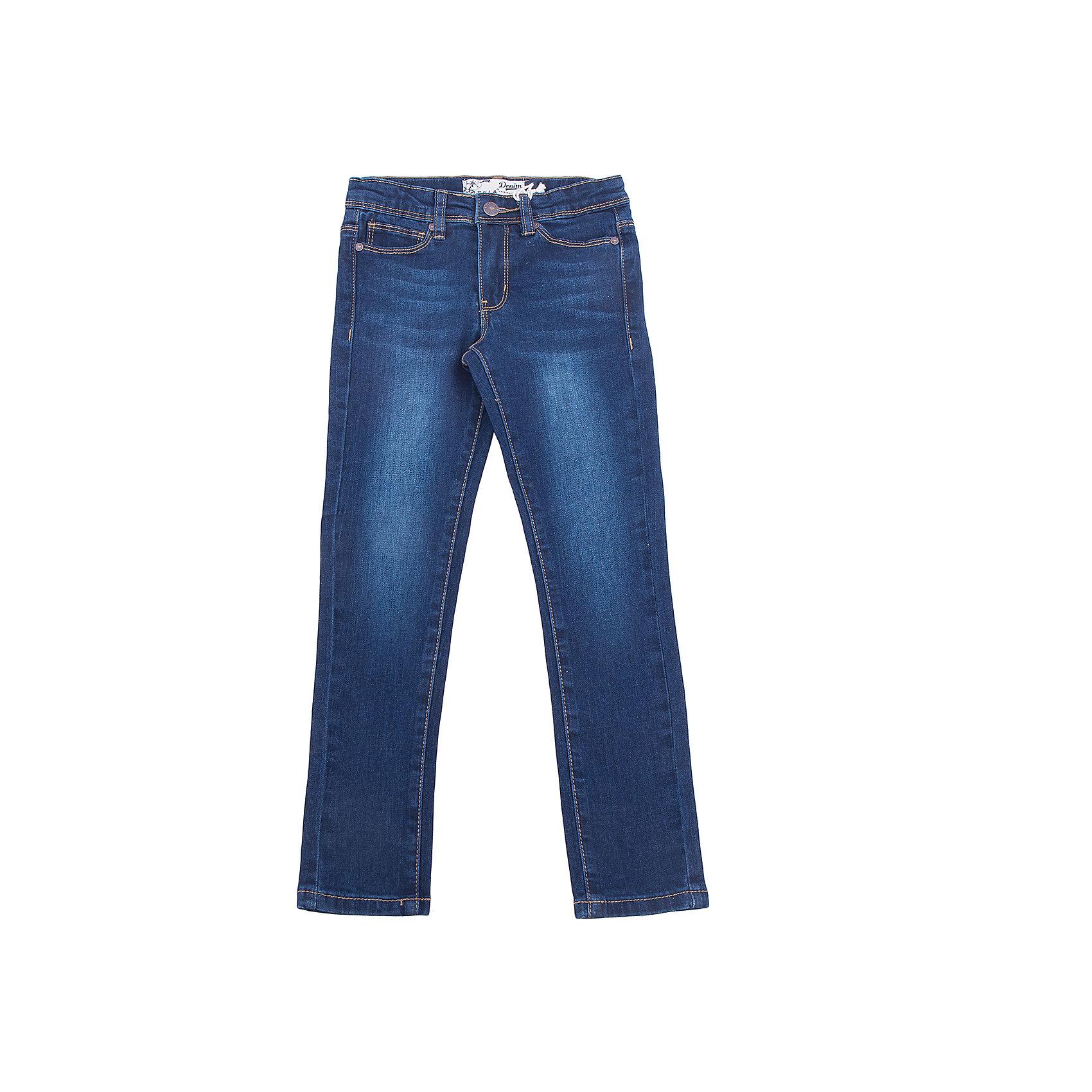 Джинсы для девочки SELAДжинсовая одежда<br>Классические джинсы - незаменимая вещь в детском гардеробе. Эта модель отлично сидит на ребенке, она сшита из плотного материала, натуральный хлопок не вызывает аллергии и обеспечивает ребенку комфорт. Модель станет отличной базовой вещью, которая будет уместна в различных сочетаниях.<br>Одежда от бренда Sela (Села) - это качество по приемлемым ценам. Многие российские родители уже оценили преимущества продукции этой компании и всё чаще приобретают одежду и аксессуары Sela.<br><br>Дополнительная информация:<br><br>цвет: синий;<br>материал: 65% хлопок, 33% ПЭ, 2% эластан; подкладка:100% ПЭ;<br>плотный материал;<br>классический силуэт.<br><br>Джинсы для девочки от бренда Sela можно купить в нашем интернет-магазине.<br><br>Ширина мм: 215<br>Глубина мм: 88<br>Высота мм: 191<br>Вес г: 336<br>Цвет: синий<br>Возраст от месяцев: 60<br>Возраст до месяцев: 72<br>Пол: Женский<br>Возраст: Детский<br>Размер: 116,152,146,140,134,128,122<br>SKU: 5008065
