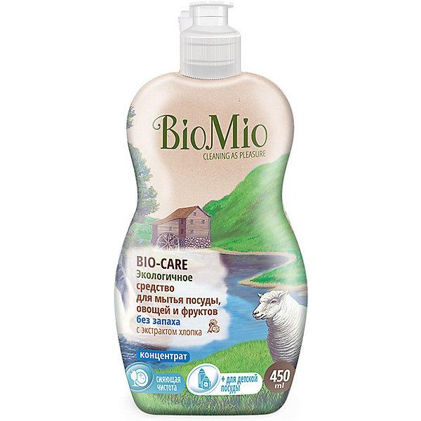 Экологичное средство для мытья посуды, овощей и фруктов без запаха, BIO MIOДетская бытовая химия<br>Экологичное средство для мытья посуды, овощей и фруктов без запаха, от известного бренда из Дании BIO MIO (Био Мио). Впустите атмосферу безопасной чистоты в ваш дом! Это средство не имеет запаха и хорошо справляется с остатками пищи и загрязнениями, не оставляя разводов и уничтожая микробы, благодаря антибактериальной формуле. Концентрированная формула позволит использовать стандартную бутылочку объема 450 мл. дольше обычного.  РH нейтральный, не имеет в составе небезопасных веществ и искусственных добавок. Экстракт хлопка оказывает благотворное воздействие и оберегает руки, сохраняя их нежность. Этим средством рекомендовано пользоваться с первых дней малыша. Датское качество отвечает европейским стандартам и осуществляет безопасную заботу о детях и планете.<br><br>Дополнительная информация:<br><br>- Объем: 450 мл. <br>- Не содержит искусственные ароматизаторы и красители, агрессивные ПАВ, нефтепродукты, PEG, фосфаты, хлор, SLS/SLES.<br><br>Экологичное средство для мытья посуды, овощей и фруктов без запаха, BIO MIO (Био Мио) можно купить в нашем интернет-магазине.<br>Подробнее:<br>• Для детей в возрасте: от 0 лет<br>• Номер товара: 5008292 <br>Страна производитель: Дания<br>Ширина мм: 300; Глубина мм: 100; Высота мм: 50; Вес г: 500; Возраст от месяцев: 0; Возраст до месяцев: 36; Пол: Унисекс; Возраст: Детский; SKU: 5008292;