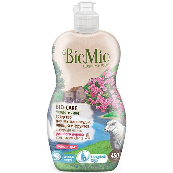 Экологичное средство для мытья посуды, овощей и фруктов с маслом вербены, BIO MIOДетская бытовая химия<br>Экологичное средство для мытья посуды, овощей и фруктов с маслом вербены, от известного бренда из Дании BIO MIO (Био Мио). Впустите атмосферу безопасной чистоты в ваш дом! Это средство имеет в составе эфирное масло вербены и хорошо справляется с остатками пищи и загрязнениями, не оставляя разводов и уничтожая микробы, благодаря антибактериальной формуле. Концентрированная формула позволит использовать стандартную бутылочку объема 450 мл. дольше обычного. Гиппоалергенный, РH нейтральный, не имеет в составе небезопасных веществ и искусственных добавок. Экстракт хлопка оказывает благотворное воздействие и оберегает руки, сохраняя их нежность. Этим средством рекомендовано пользоваться с первых дней малыша. Датское качество отвечает европейским стандартам и осуществляет безопасную заботу о детях и планете.<br>Дополнительная информация:<br><br>- Объем: 450 мл. <br>- Не содержит искусственные ароматизаторы и красители, агрессивные ПАВ, нефтепродукты, PEG, фосфаты, хлор, SLS/SLES.<br><br>Экологичное средство для мытья посуды, овощей и фруктов с маслом вербены, BIO MIO (Био Мио) можно купить в нашем интернет-магазине.<br>Подробнее:<br>• Для детей в возрасте: от 0 лет<br>• Номер товара: 5008293 <br>Страна производитель: Дания<br><br>Ширина мм: 300<br>Глубина мм: 100<br>Высота мм: 50<br>Вес г: 500<br>Возраст от месяцев: 0<br>Возраст до месяцев: 36<br>Пол: Унисекс<br>Возраст: Детский<br>SKU: 5008293