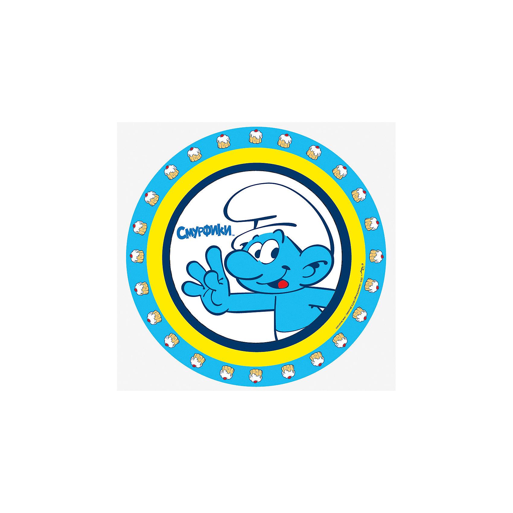 Тарелка бумажная СМУРФ, 23см, 10шт., СмурфикиОдноразовые тарелки прочно вошли в современную жизнь, и теперь многие люди просто не представляют праздник или пикник без таких нужных вещей: они почти невесомы, не могут разбиться и не нуждаются в мытье. Сделанная из бумаги, посуда «Смурф» ТМ «Смурфики» является экологически чистой, поэтому не наносит вреда здоровью. Благодаря глянцевому ламинированию, она прекрасно справляется со своей задачей: удерживает еду и напитки, не промокает и не протекает.&#13;<br>В набор одноразовой посуды входит 10 бумажных тарелок диаметром 23 см. Также вы можете выбрать бумажные стаканы, дудочки, колпачки и полиэтиленовую скатерть бренда «Смурфики». Упаковка – термопленка.<br><br>Ширина мм: 230<br>Глубина мм: 230<br>Высота мм: 20<br>Вес г: 145<br>Возраст от месяцев: 36<br>Возраст до месяцев: 108<br>Пол: Унисекс<br>Возраст: Детский<br>SKU: 5016423