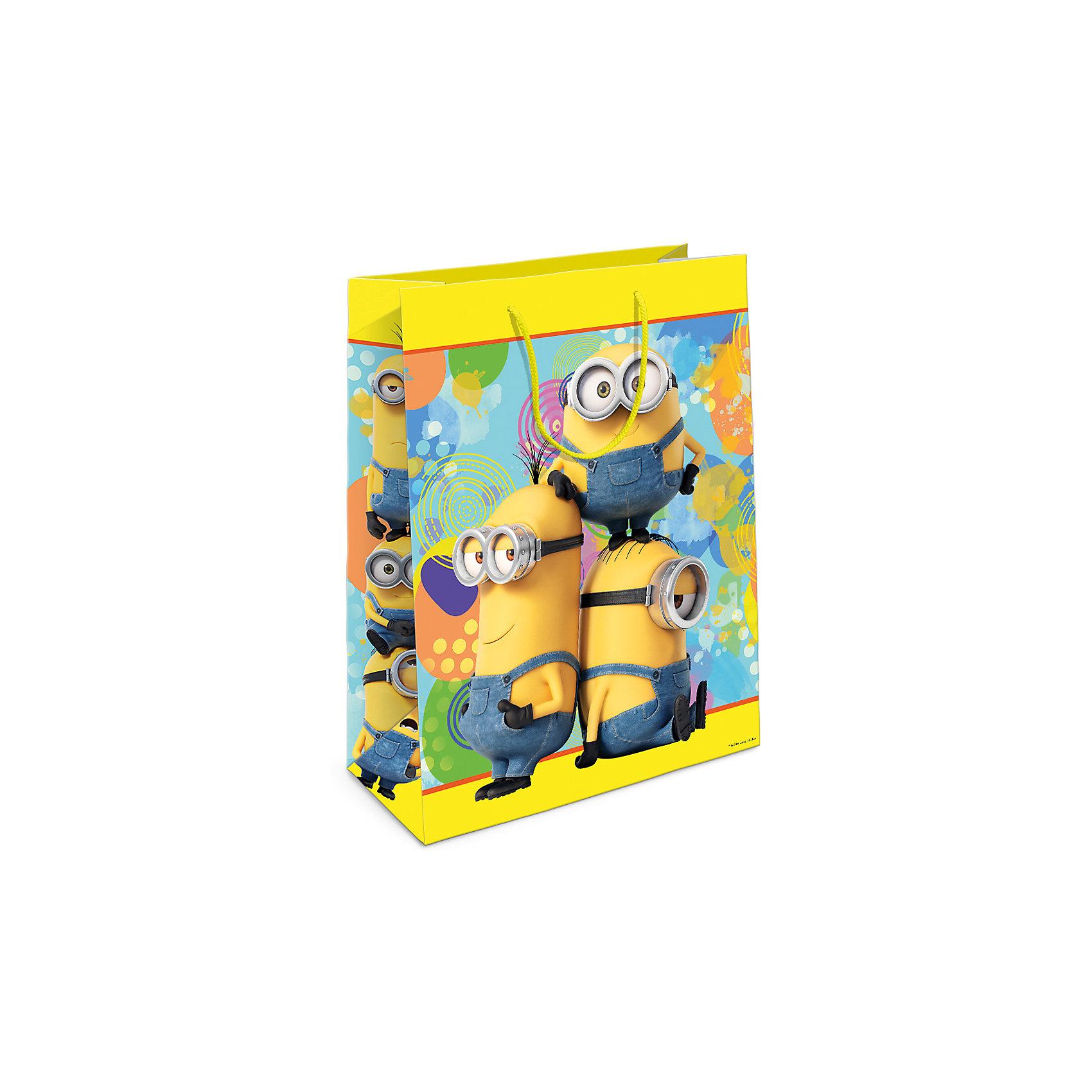 Пакет подарочный Миньоны, желтый, 350*250*90Подарочный бумажный пакет «Миньоны» с веселым, привлекательным принтом ярко украсит подарок и  еще больше поднимет праздничное настроение. Размер: 35х25х9 см.<br><br>Ширина мм: 350<br>Глубина мм: 250<br>Высота мм: 3<br>Вес г: 78<br>Возраст от месяцев: 36<br>Возраст до месяцев: 120<br>Пол: Унисекс<br>Возраст: Детский<br>SKU: 5016449