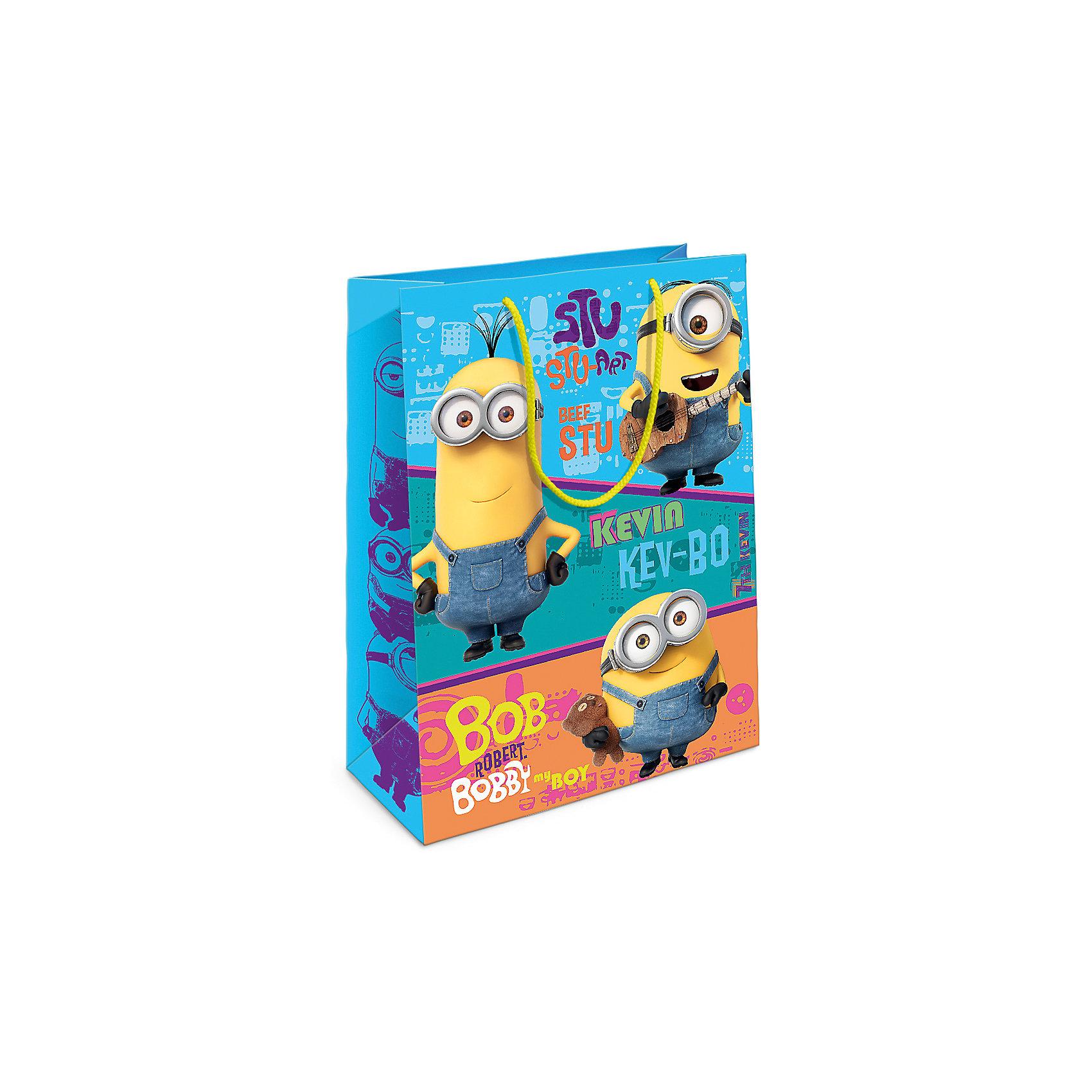 Пакет подарочный Миньоны-друзья,350*250*90Всё для праздника<br>Яркий подарочный пакет с любимыми героями – это отличный способ украсить подарок для ребенка. Бумажный пакет «Миньоны-друзья» стильно преобразит ваш подарок и поможет создать праздничную атмосферу. Размер бумажного подарочного пакета: 35х25х9 см. В ассортименте вы можете найти такой же пакет размером 23х18х10 см.<br><br>Ширина мм: 350<br>Глубина мм: 250<br>Высота мм: 3<br>Вес г: 63<br>Возраст от месяцев: 36<br>Возраст до месяцев: 120<br>Пол: Унисекс<br>Возраст: Детский<br>SKU: 5016461