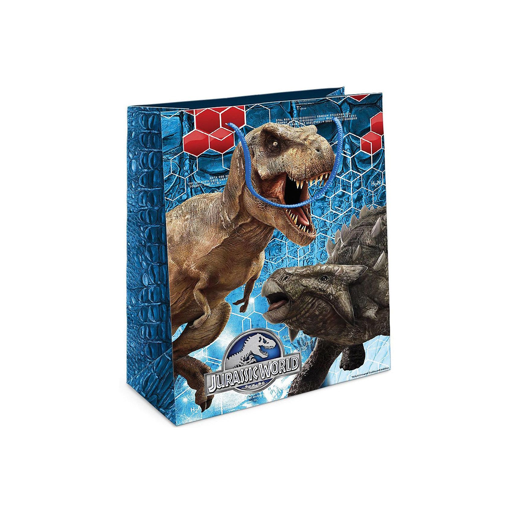 Пакет подарочный Тираннозавр Рекс 230*180*100Всё для праздника<br>Приобрести интересный подарок для ребенка – это только часть задачи. Не менее важно его красиво упаковать! Самым простым, практичным и при этом очень красивым видом упаковки является подарочный пакет – особенно с любимыми героями малыша. Бумажный пакет «Тираннозавр Рекс» с динозавром из фильма «Парк Юрского периода» поможет эффектно украсить ваш подарок. Размер бумажного подарочного пакета: 23х18х10 см. В ассортименте вы можете найти такой же пакет размером 35х25х9 см.<br><br>Ширина мм: 230<br>Глубина мм: 180<br>Высота мм: 3<br>Вес г: 41<br>Возраст от месяцев: 36<br>Возраст до месяцев: 120<br>Пол: Унисекс<br>Возраст: Детский<br>SKU: 5016465