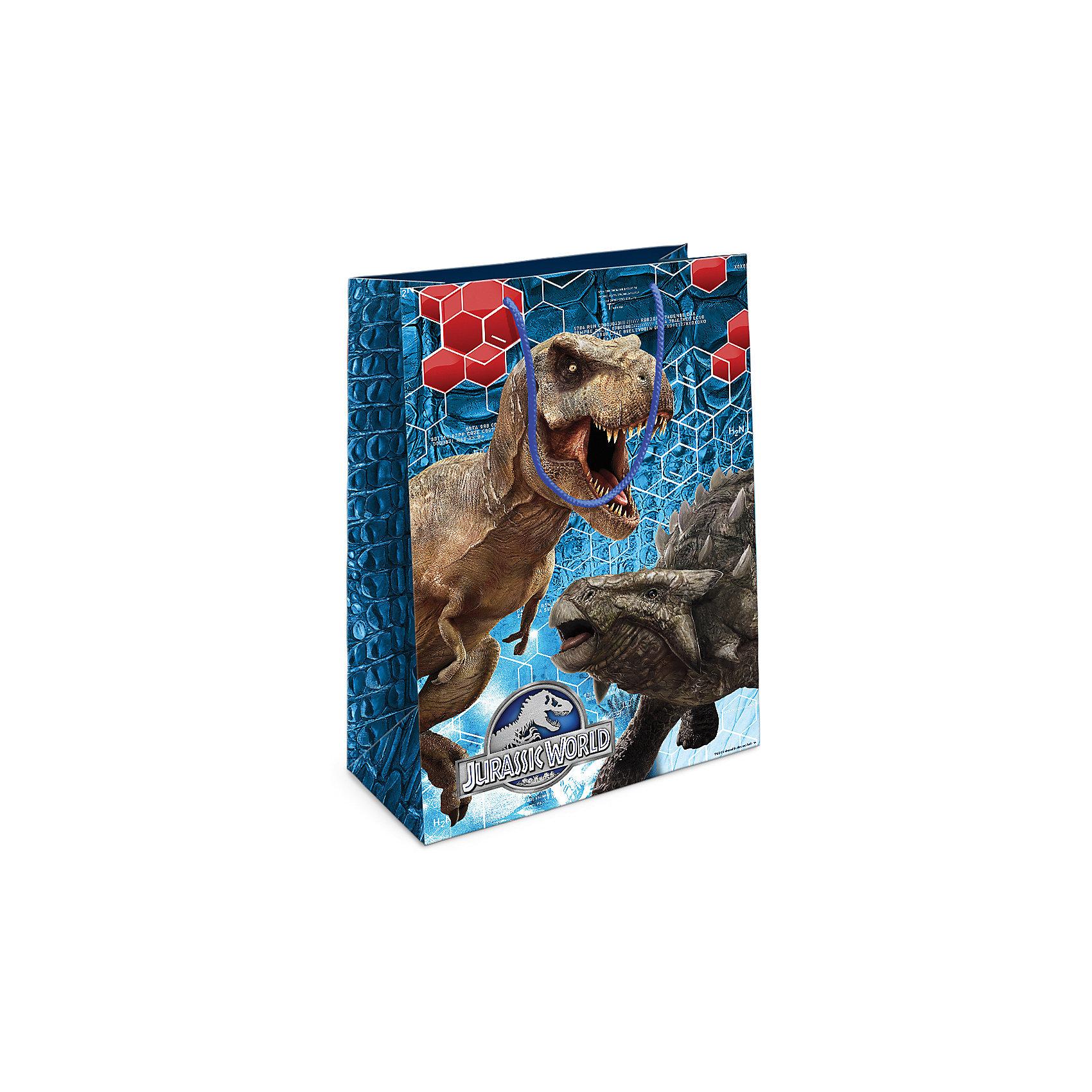 Пакет подарочный Тираннозавр Рекс 350*250*90Всё для праздника<br>Приобрести интересный подарок для ребенка – это только часть задачи. Не менее важно его красиво упаковать! Самым простым, практичным и при этом очень красивым видом упаковки является подарочный пакет – особенно с любимыми героями малыша. Бумажный пакет «Тираннозавр Рекс» с динозавром из фильма «Парк Юрского периода» поможет эффектно украсить ваш подарок. Размер бумажного подарочного пакета: 35х25х9 см. В ассортименте вы можете найти такой же пакет размером 23х18х10 см.<br><br>Ширина мм: 350<br>Глубина мм: 250<br>Высота мм: 3<br>Вес г: 63<br>Возраст от месяцев: 36<br>Возраст до месяцев: 120<br>Пол: Унисекс<br>Возраст: Детский<br>SKU: 5016466