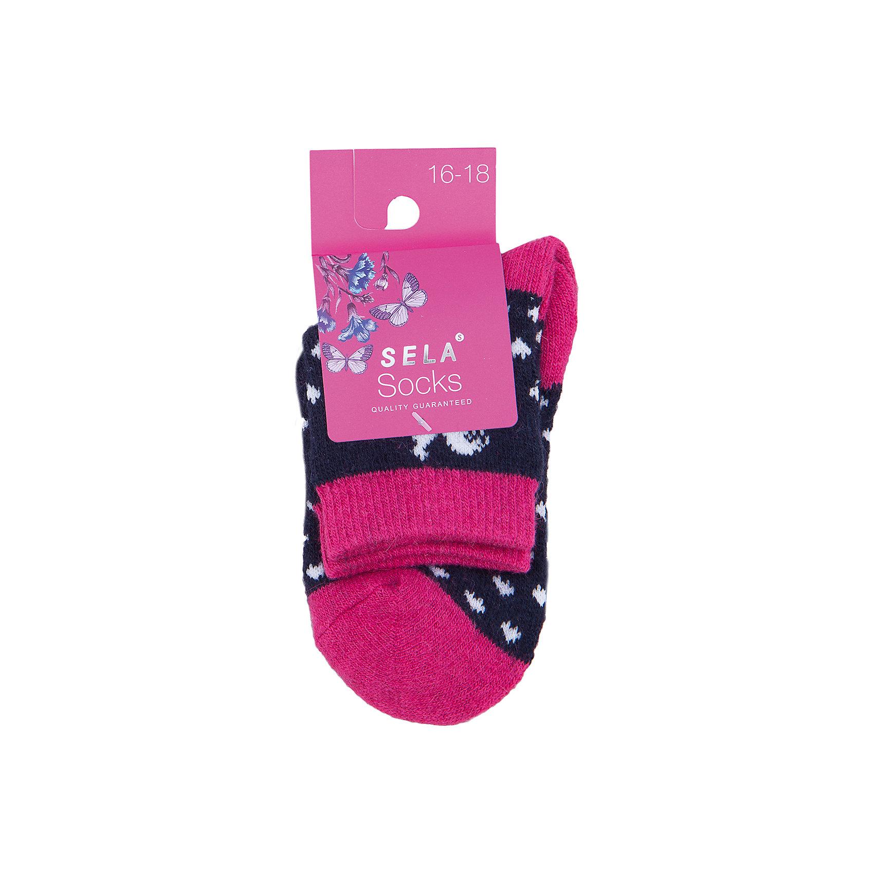 Носки для девочки SELAУдобные носки - неотъемлемая составляющая комфорта ребенка. Эта модель отлично сидит на девочке, она сшита из приятного на ощупь материала, мягкая и дышащая. Натуральный хлопок в составе ткани не вызывает аллергии и обеспечивает ребенку комфорт. Мягкая резинка не сдавливает ногу.<br>Одежда от бренда Sela (Села) - это качество по приемлемым ценам. Многие российские родители уже оценили преимущества продукции этой компании и всё чаще приобретают одежду и аксессуары Sela.<br><br>Дополнительная информация:<br><br>цвет: разноцветный;<br>материал: 63% ПЭ, 15% ангора, 10% вискоза, 5% шерсть, 5% ПА, 2% эластан;<br>мягкая резинка;<br>трикотаж.<br><br>Носки для девочки от бренда Sela можно купить в нашем интернет-магазине.<br><br>Ширина мм: 87<br>Глубина мм: 10<br>Высота мм: 105<br>Вес г: 115<br>Цвет: розовый<br>Возраст от месяцев: 132<br>Возраст до месяцев: 144<br>Пол: Женский<br>Возраст: Детский<br>Размер: 32-35,26-29,29-32<br>SKU: 5020283