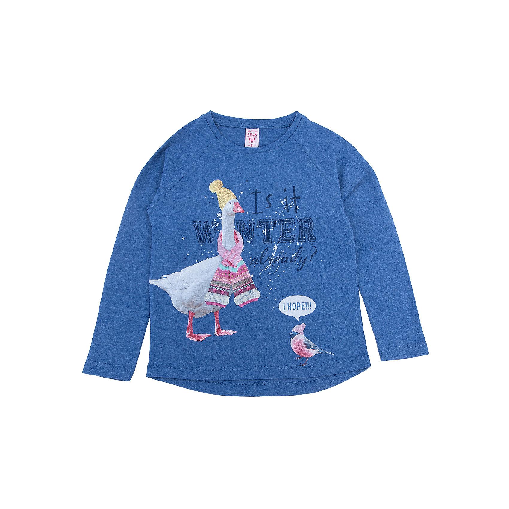 Футболка с длинным рукавом  для девочки SELAФутболки с длинным рукавом<br>Футболка с длинным рукавом  - незаменимая вещь в прохладное время года. Эта модель отлично сидит на ребенке, она сделана из приятного на ощупь материала, мягкая и дышащая. Натуральный хлопок в составе ткани не вызывает аллергии и обеспечивает ребенку комфорт. Модель станет отличной базовой вещью, которая будет уместна в различных сочетаниях.<br>Одежда от бренда Sela (Села) - это качество по приемлемым ценам. Многие российские родители уже оценили преимущества продукции этой компании и всё чаще приобретают одежду и аксессуары Sela.<br><br>Дополнительная информация:<br><br>материал: 100% хлопок;<br>длинный рукав;<br>украшен принтом.<br><br>Футболка с длинным рукавом  для девочки от бренда Sela можно купить в нашем интернет-магазине.<br><br>Ширина мм: 190<br>Глубина мм: 74<br>Высота мм: 229<br>Вес г: 236<br>Цвет: синий<br>Возраст от месяцев: 132<br>Возраст до месяцев: 144<br>Пол: Женский<br>Возраст: Детский<br>Размер: 152,116,122,128,134,140,146<br>SKU: 5020367