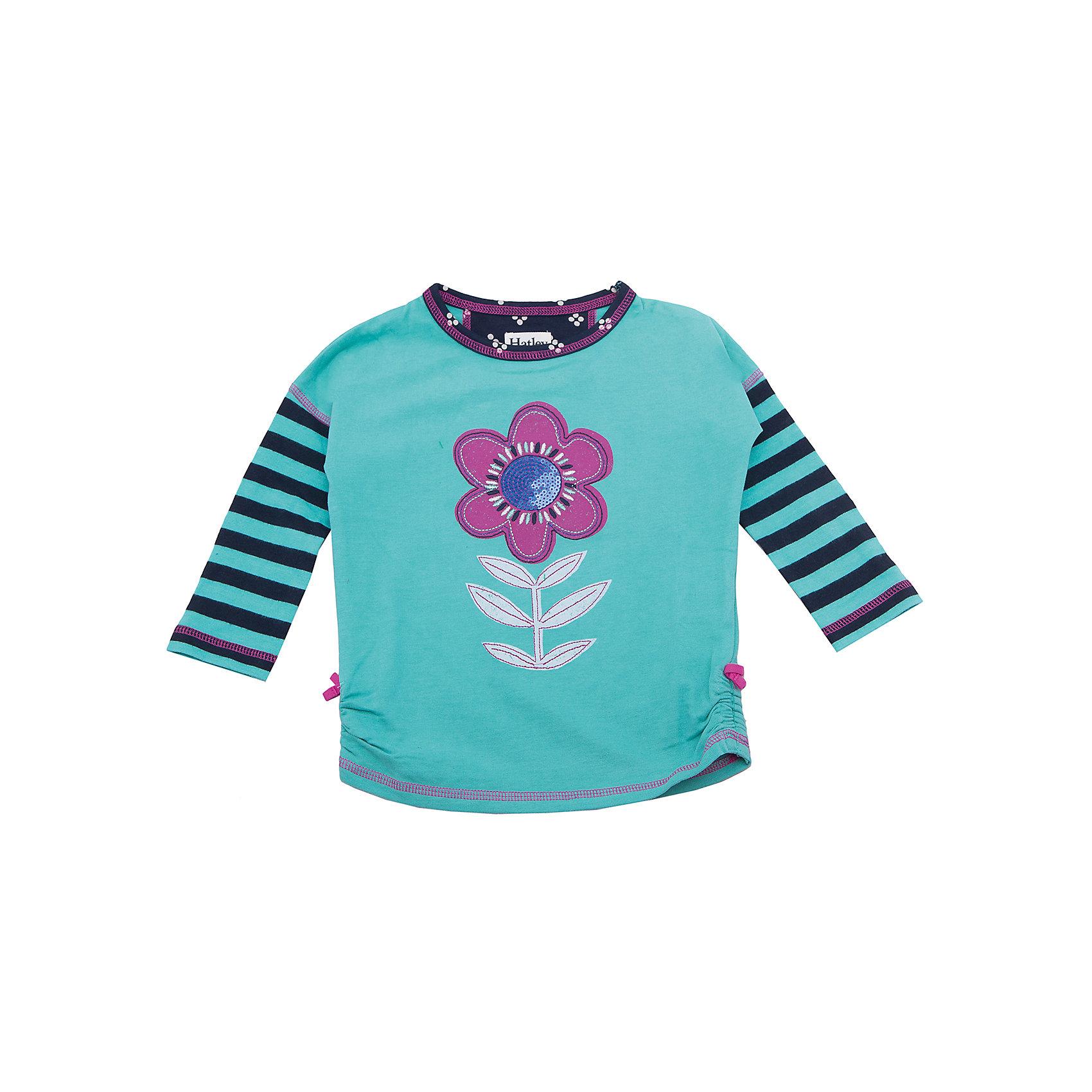 Футболка с длинным рукавом для девочки HatleyФутболки с длинным рукавом<br>Футболка с длинным рукавом для девочки Hatley<br><br>Характеристики:<br><br>• Состав: 100% хлопок<br>• Цвет: ментоловый<br><br>Красивая и модная футболка с длинными рукавами идеально подойдет для летней прохладной погоды или для носки в помещении. Благодаря тому, что ткань натуральная и не вызывает аллергии, ребенок сможет бегать и прыгать, не боясь, что вспотеет и на коже будут раздражения. Яркий и забавный принт-аппликация делает футболку еще и очень привлекательной. Рукава словно вставлены в кофту или под футболкой есть дополнительная водолазка. Такой стиль очень нравится детям. Внизу по бокам кофта немного собрана и украшена бантиками.<br><br>Футболку с длинным рукавом для девочки Hatley можно купить в нашем интернет-магазине.<br><br>Ширина мм: 230<br>Глубина мм: 40<br>Высота мм: 220<br>Вес г: 250<br>Цвет: ментоловый<br>Возраст от месяцев: 36<br>Возраст до месяцев: 48<br>Пол: Женский<br>Возраст: Детский<br>Размер: 104,92,122,128,110,116,98<br>SKU: 5020671
