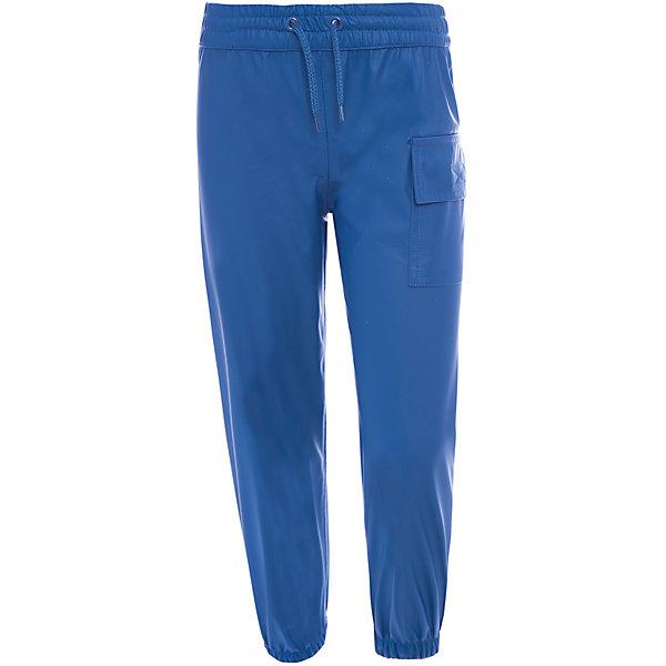 Непромокаемые брюки для мальчика HatleyВерхняя одежда<br>Брюки для мальчика Hatley<br><br>Характеристики: <br><br>• Состав: 100% полиуретан<br>• Цвет: синий<br><br>Непромокаемые брюки из 100% полиуретана защитят ноги ребенка от любого, даже очень сильного дождя. Внизу брюки «стянуты», что позволяет носить их внутрь резиновых сапог. Резинка сверху и внизу очень мягкая, не травмирует кожу ребенка. Сверху дополнительно можно затянуть с помощью веревочки. Кроме этого на штанах есть большой карман.<br><br>Брюки для мальчика Hatley можно купить в нашем интернет-магазине.<br><br>Ширина мм: 215<br>Глубина мм: 88<br>Высота мм: 191<br>Вес г: 336<br>Цвет: синий<br>Возраст от месяцев: 36<br>Возраст до месяцев: 48<br>Пол: Мужской<br>Возраст: Детский<br>Размер: 122,104,92,98,116,110,128<br>SKU: 5020740
