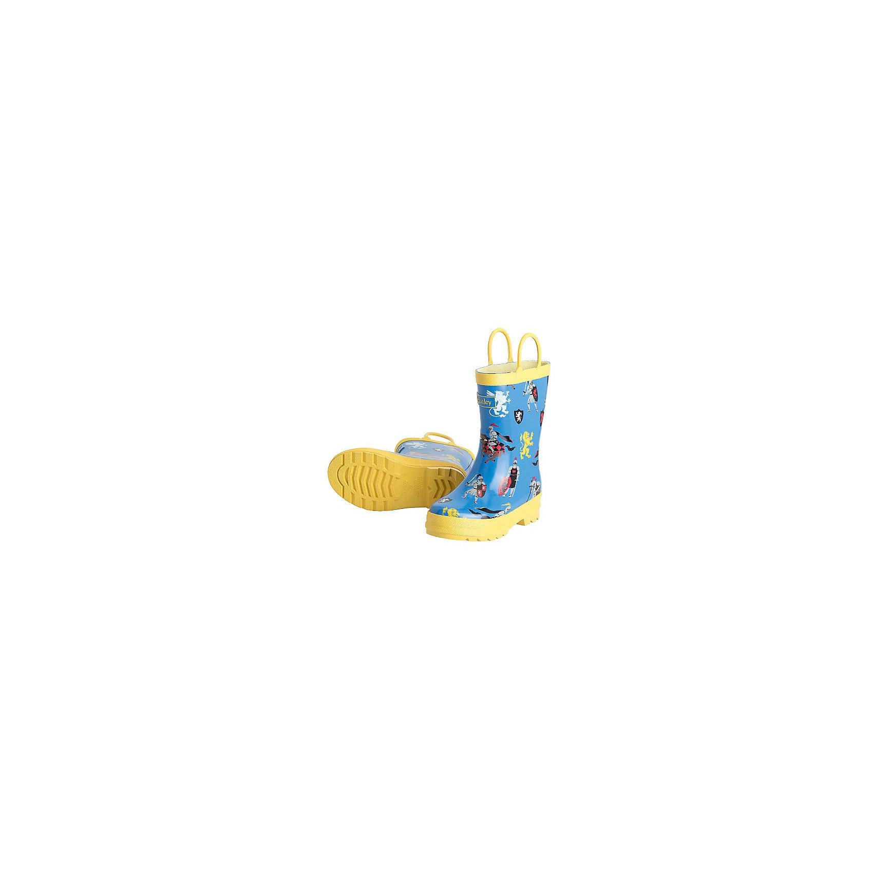Резиновые сапоги для мальчика HatleyРезиновые сапоги для мальчика Hatley<br><br>Характеристики:<br><br>• Состав: верх -ПВХ, подкладка - 100% хлопок<br>• Цвет: желтый, голубой<br><br>Яркие, стильные и модные резиновые сапоги для мальчика сделаны из высококачественных материалов. Резина сока каучуковых деревьев не даст ножкам промокнуть, а хлопковая подкладка защитит от холода. Внутри есть стелька с аркой, которая способствует правильному формированию стопы. По бокам есть удобные ручки. <br><br>Резиновые сапоги для мальчика Hatley можно купить в нашем интернет-магазине.<br><br>Ширина мм: 237<br>Глубина мм: 180<br>Высота мм: 152<br>Вес г: 438<br>Цвет: голубой<br>Возраст от месяцев: 24<br>Возраст до месяцев: 24<br>Пол: Мужской<br>Возраст: Детский<br>Размер: 25,24,26<br>SKU: 5020884