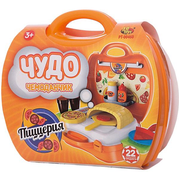 Пиццерия Чудо-чемоданчик, 22 предм., ABtoysИгрушечные продукты питания<br>Пиццерия Чудо-чемоданчик, 22 предм., ABtoys прекрасно разнообразит сюжетно-ролевую игру ребенка.<br><br> Разложив чемоданчик, ребенок сможет найти в нем 22 предмета для увлекательной игры - печь, лопатку для пиццы, саму пиццу, емкости с различными соусами, стаканчики с напитками и другие. Все игрушечные атрибуты очень похожи на настоящие, что сделает игру реалистичной и захватывающей.<br>Такой необычный чемоданчик подарит ребенку возможность ощутить себя настоящим поваром, угощающим близких друзей вкусной и аппетитной пиццей.<br><br>Комплект: 22 предмета.<br>Из чего сделана игрушка (состав): пластик.<br>Размер упаковки: 20 x 24 x 10 см.<br>Упаковка: чемоданчик.<br><br>Ширина мм: 200<br>Глубина мм: 240<br>Высота мм: 100<br>Вес г: 480<br>Возраст от месяцев: 36<br>Возраст до месяцев: 120<br>Пол: Унисекс<br>Возраст: Детский<br>SKU: 5026132