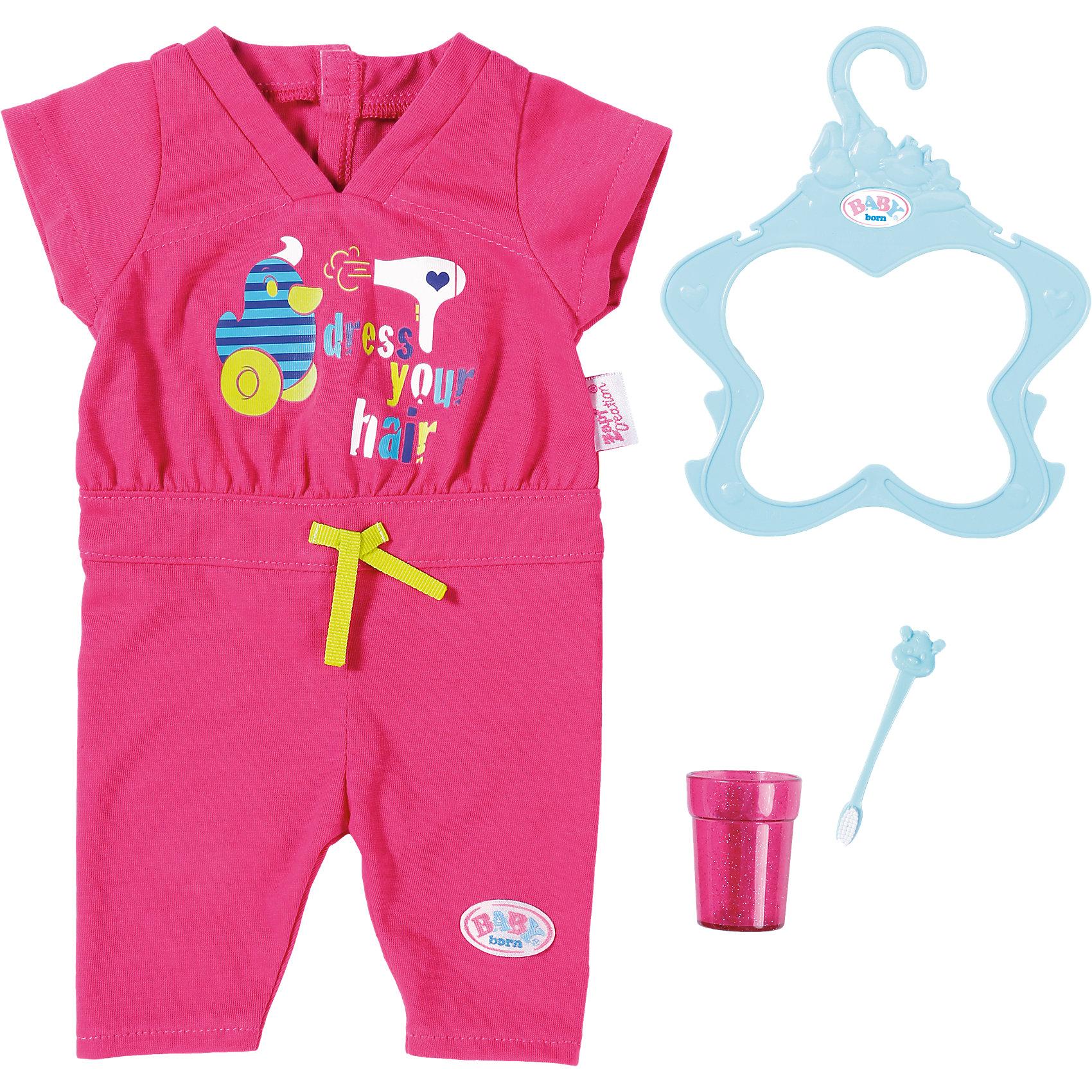 Пижама, зубная щетка и стаканчик, BABY bornОдежда для кукол<br>Пижама, зубная щетка и стаканчик, BABY born <br><br>Характеристики:<br><br>• В набор входит: пижама, вешалка, зубная щётка и стаканчик<br>• Состав: текстиль, пластик<br>• Размер упаковки: 40 * 5 * 18,5 см.<br>• Для детей в возрасте: от 3 до 7 лет<br>• Страна производитель: Китай<br><br>С новым домашним набором для куклы ребёнок сможет продолжать свои игры, делая их ещё веселее. Нежная розовая пижамка-комбинезончик легко снимается, благодаря застёжке-липучке. Стаканчик и зубная щёточка выглядят как настоящие и приведут хозяйку куклы в восторг. Это фирменный комплект одежды для кукол, поэтому она подойдёт к любой кукле бренда BABY born (Бейби Бон).<br><br>Пижаму, зубную щетку и стаканчик, BABY born можно купить в нашем интернет-магазине.<br><br>Ширина мм: 374<br>Глубина мм: 187<br>Высота мм: 23<br>Вес г: 140<br>Возраст от месяцев: 36<br>Возраст до месяцев: 60<br>Пол: Женский<br>Возраст: Детский<br>SKU: 5030823