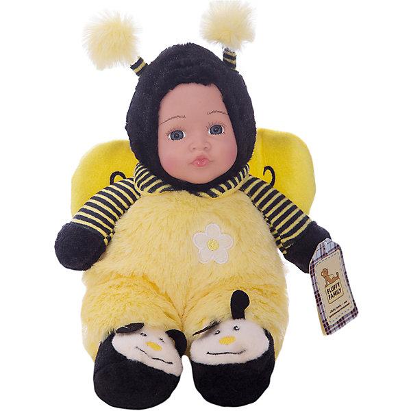 Игрушка Мой пчеленок, Fluffy FamilyКуклы<br>Такая игрушка - милая вариация стандартной куклы–младенца. Малыш выполнен из пластика и тщательно прорисованным личиком. Одета кукла в костюм совенка. Ткань приятна на ощупь и малышу понравится играть с куклой. Игрушка подходит для одиночной игры малыша и для игр в компании. Не содержит мелких деталей. Кукла из коллекционной серии. Соберите весь набор! Материалы, использованные при изготовлении товара, абсолютно безопасны и отвечают всем международным требованиям по качеству.<br><br>Дополнительные характеристики:<br><br>материал: ПВХ, искусственный мех, пластик;<br>габариты: 20 X 9 X 30 см;<br>наполнитель: полиэтиленовые гранулы.<br><br>Игрушку Мой пчеленок от компании Fluffy Family можно приобрести в нашем магазине.<br><br>Ширина мм: 570<br>Глубина мм: 580<br>Высота мм: 450<br>Вес г: 163<br>Возраст от месяцев: 36<br>Возраст до месяцев: 96<br>Пол: Унисекс<br>Возраст: Детский<br>SKU: 5032467