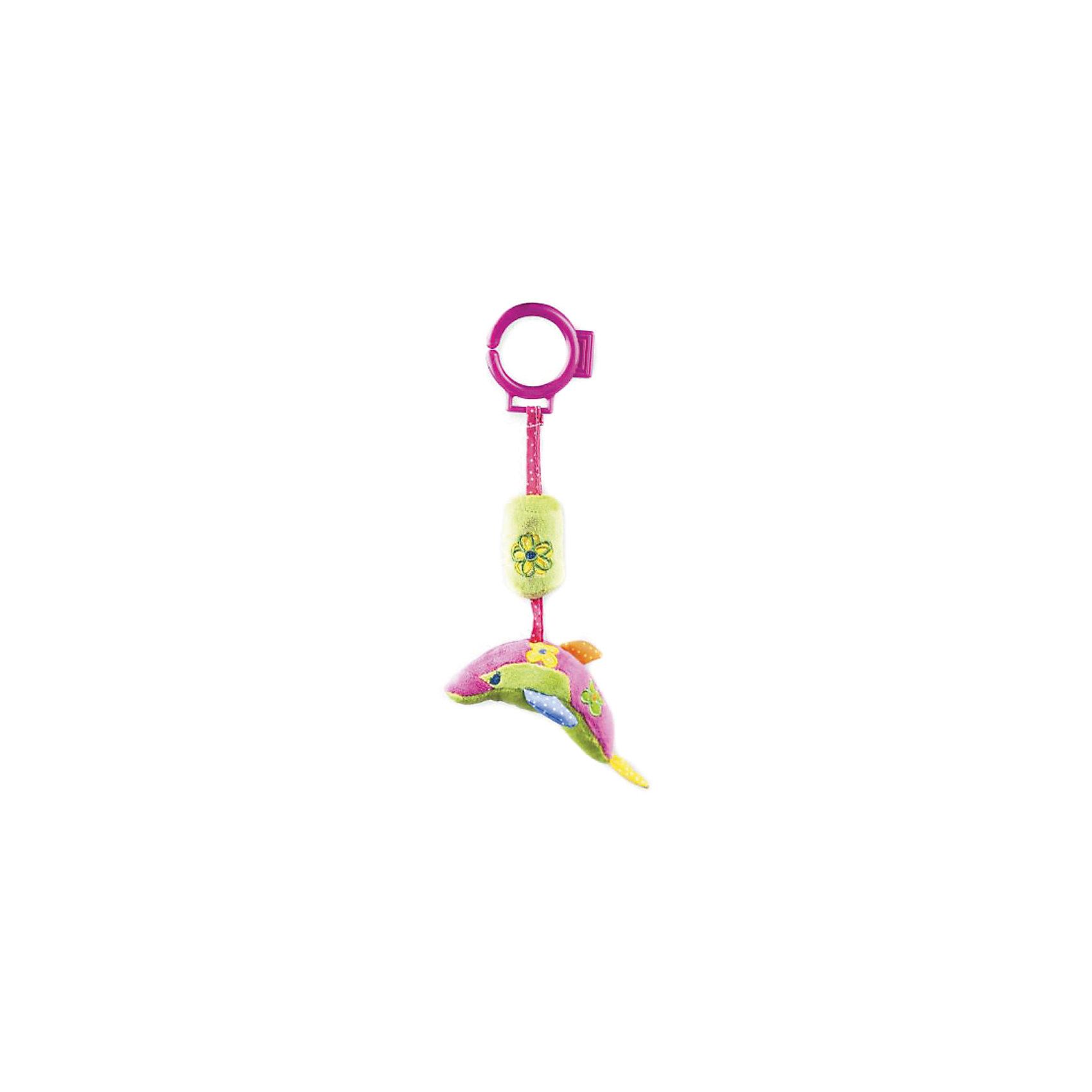 Развивающая игрушка Дельфин, ЖирафикиРазвивающие игрушки<br>Развивающие игрушки должны быть у каждого малыша. Такие игрушки будут не только развивать способности малыша во время веселой игры, но и радовать глаз, потому что современные развивающие модели красивые и обладают стильным дизайном. Новая игрушка «дельфин» - мягкая игрушка, которая издает звуки, если ее потрясти, как обыкновенную погремушку. Развивает слух и улучшает мелкую моторику малыша. Материалы, использованные при изготовлении товара, абсолютно безопасны и отвечают всем международным требованиям по качеству.<br><br>Дополнительные характеристики:<br><br>материал: текстиль;<br>цвет: разноцветный;<br>габариты: 16 X 5 X 30 см.<br><br>Развивающую игрушку Дельфин от компании Жирафики можно приобрести в нашем магазине.<br><br>Ширина мм: 560<br>Глубина мм: 320<br>Высота мм: 315<br>Вес г: 89<br>Возраст от месяцев: 3<br>Возраст до месяцев: 36<br>Пол: Унисекс<br>Возраст: Детский<br>SKU: 5032557