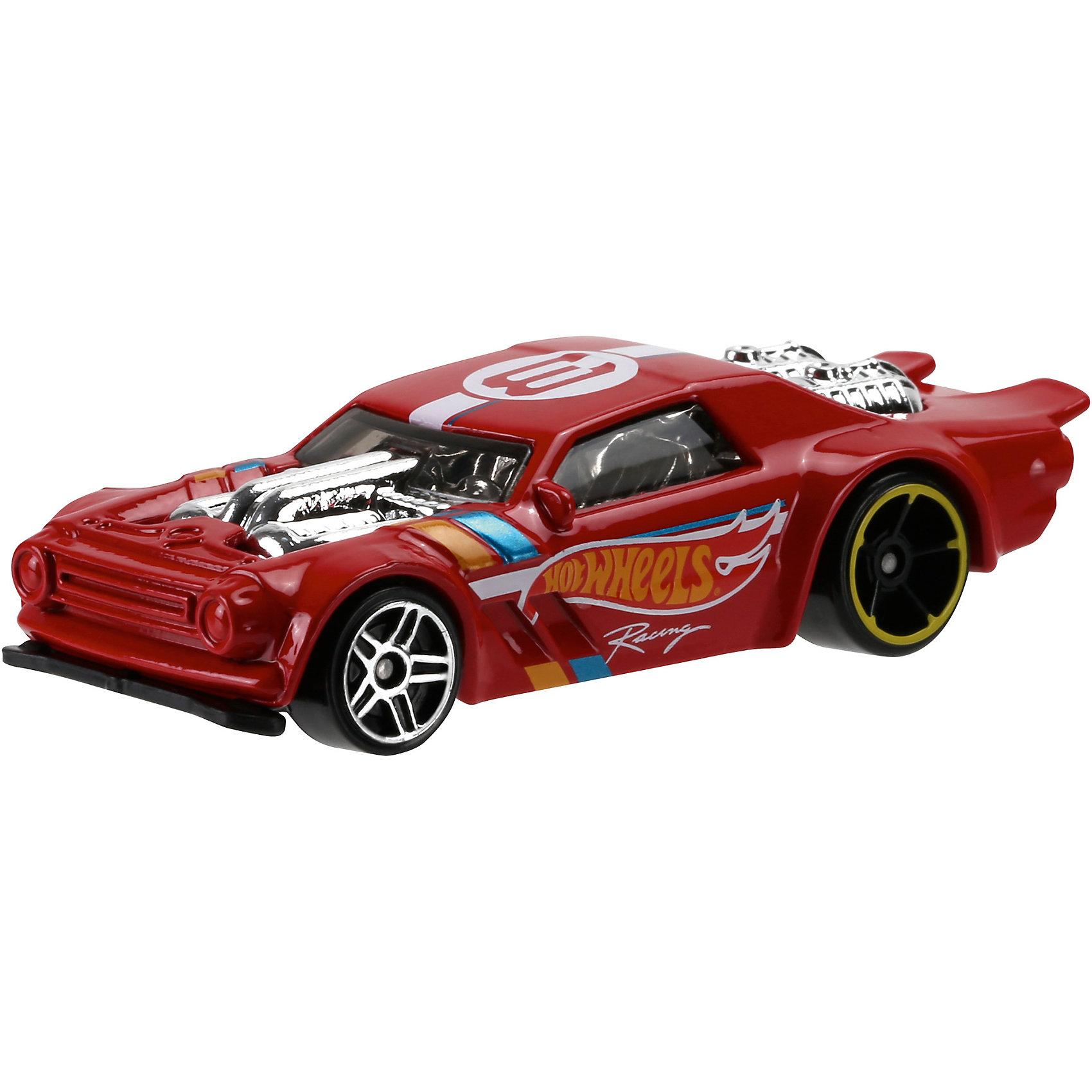Машинка Hot Wheels из базовой коллекцииМашинка Hot Wheels из базовой коллекции – высококачественная масштабная модель машины, имеющая неординарный, радикальный дизайн. <br><br>В упаковке 1 машинка,  машинки тематически обусловлены от фантазийных, спасательных до экстремальных и просто скоростных машин. <br><br>Соберите свою коллекцию машинок Hot Wheels!<br><br>Дополнительная информация: <br><br>Машинка стандартного размера Hot Wheels<br>Размер упаковки: 11 х 10,5 х 3,5 см<br><br>Ширина мм: 110<br>Глубина мм: 45<br>Высота мм: 110<br>Вес г: 30<br>Возраст от месяцев: 36<br>Возраст до месяцев: 96<br>Пол: Мужской<br>Возраст: Детский<br>SKU: 5033411