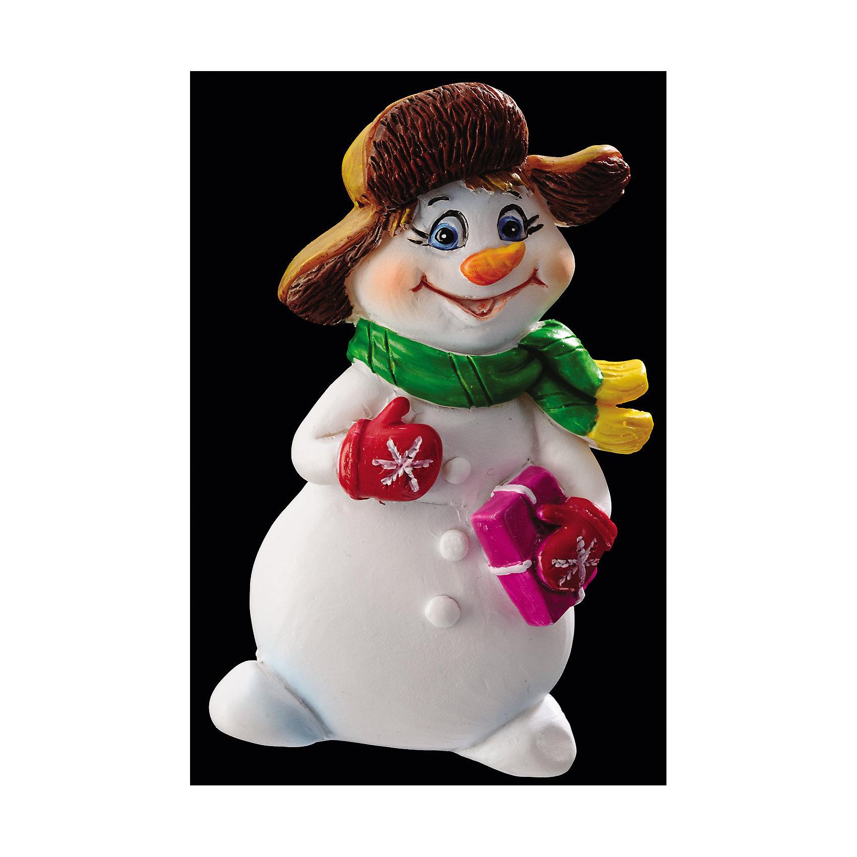 Сувенир «СНЕГОВИК» на магните 7смХарактеристики товара:<br><br>- материал: полимер;<br>- размер: 7 см;<br>- на магните;<br>- назначение: сувенир.<br><br>Каждый праздник имеет свои традиции, без которых он будет неполным. Вручение подарков и сувениров к Новому году - это уже часть праздника! Особую атмосферу поможет создать такой снеговик - символ Нового года.<br>Изделие произведено из материалов, безопасных для детей. Оно также станет отличным сувениром для коллег, знакомых или родных.<br><br>Сувенир «СНЕГОВИК» на магните можно купить в нашем интернет-магазине.<br><br>Ширина мм: 40<br>Глубина мм: 20<br>Высота мм: 70<br>Вес г: 36<br>Возраст от месяцев: 48<br>Возраст до месяцев: 144<br>Пол: Унисекс<br>Возраст: Детский<br>SKU: 5033628