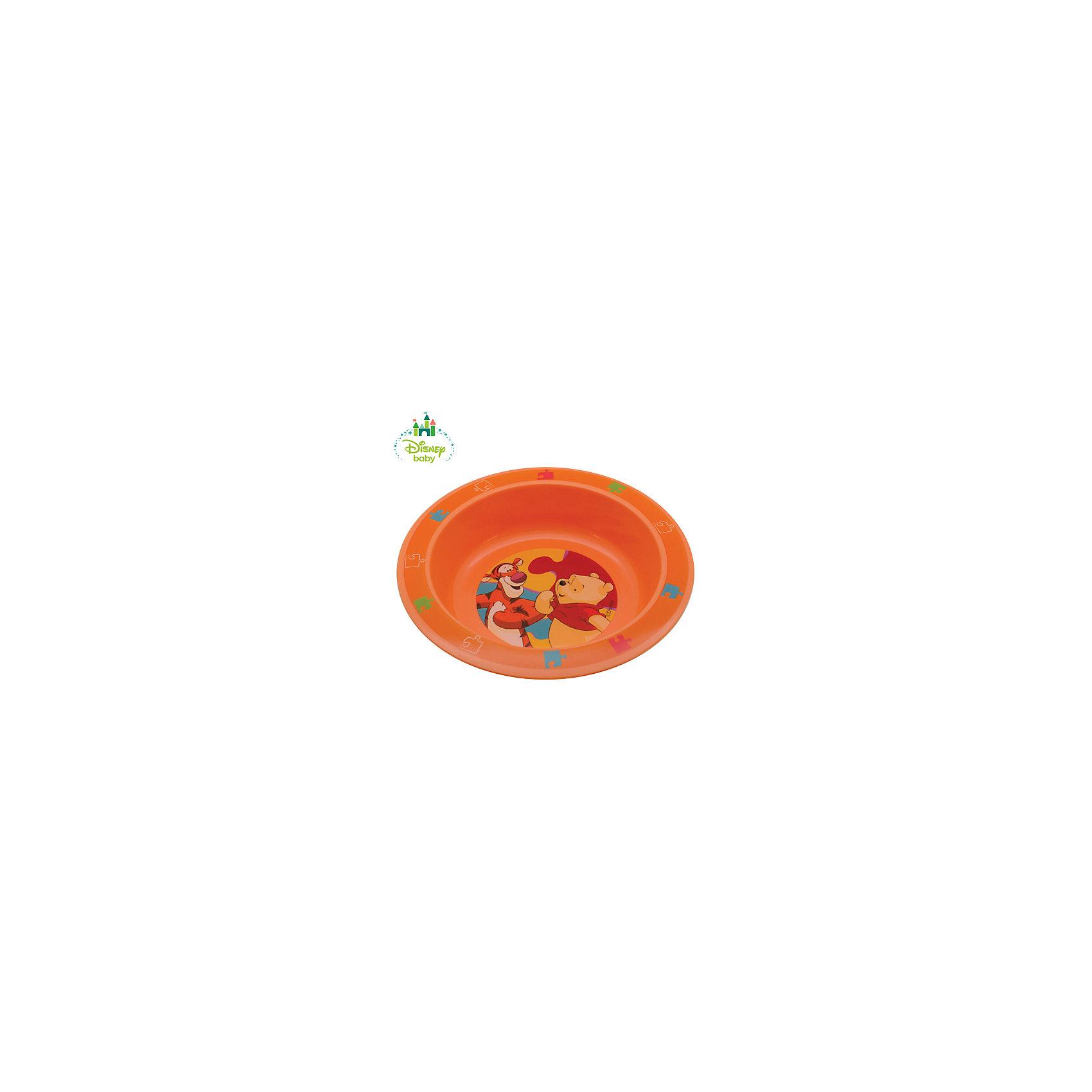 Тарелка Медвежонок Винни DISNEY от 6 мес., LUBBY, оранжевыйТарелка Медвежонок Винни DISNEY от 6 мес., LUBBY, оранжевый.<br><br>Характеристики:<br><br>- Размер: 17,5х3 см.<br>- Цвет: оранжевый<br>- Материал: полипропилен<br>- Размер упаковки: 45х210х177 мм.<br>- Срок службы: 1 год<br><br>Тарелка Медвежонок Винни выполнена из высококачественного пищевого полипропилена - нетоксичного и безопасного для здоровья малыша материала. Глубина тарелки позволяет кушать из нее супы, кашки и различные жидкие по консистенции блюда. Нарисованный на дне тарелки забавный Винни Пух побуждает малыша доесть до конца и превращает прием пищи в игру.<br><br>Тарелку Медвежонок Винни DISNEY от 6 мес., LUBBY, оранжевую можно купить в нашем интернет-магазине.<br><br>Ширина мм: 45<br>Глубина мм: 210<br>Высота мм: 177<br>Вес г: 350<br>Возраст от месяцев: 6<br>Возраст до месяцев: 36<br>Пол: Унисекс<br>Возраст: Детский<br>SKU: 5039270