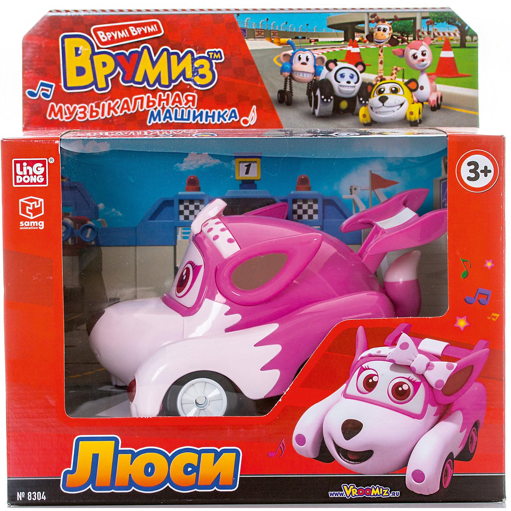 Машинка со звуковыми и световыми эффектами Люси, ВрумизМашинки и транспорт для малышей<br>Характеристики товара:<br><br>- цвет: розовый;<br>- материал: пластик;<br>- работает от батареек;<br>- особенности: при встрече с препятствием машинка поворачивает в другую строну, фары светятся;<br>- упаковка: картонная коробка;<br>- размер упаковки: 26х17х26 см.<br><br>Игра в машинки - это очень увлекательно! Какой мальчишка откажется поиграть с героем любимого мультфильма Врумиз?! Игрушки из этой серии отлично детализированы, очень качественно выполнены, поэтому такой комплект станет отличным подарком ребенку. Он продается в красивой упаковке.<br>Изделия произведены из высококачественного материала, безопасного для детей.<br><br>Машинку со звуковыми и световыми эффектами Люси от бренда Врумиз можно купить в нашем интернет-магазине.<br><br>Ширина мм: 260<br>Глубина мм: 260<br>Высота мм: 170<br>Вес г: 805<br>Возраст от месяцев: 48<br>Возраст до месяцев: 2147483647<br>Пол: Унисекс<br>Возраст: Детский<br>SKU: 5039878