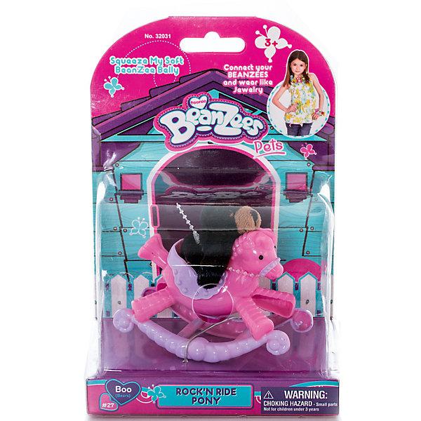Плюшевый игровой набор Медвежонок на пони-качалке, BeanzeezИгровые фигурки животных<br>Характеристики товара:<br><br>- цвет: разноцветный;<br>- материал: пластик, текстиль;<br>- комплектация: фигурка животного, аксессуар;<br>- особенности: наличие на лапках липучек, игрушку можно соединять с другими героями из серии;<br>- живот заполнен гранулами;<br>- размер упаковки: 9х18х13 см;<br>- упаковка: блистер;<br>- вес: 146 г.<br><br>Такая симпатичная фигурка не оставит ребенка равнодушным! Какой малыш откажется поиграть с маленькой плюшевой игрушкой из большой пушистой коллекции?! Игрушка очень качественно выполнена, поэтому она станет отличным подарком ребенку. В наборе идет фигурка животного и аксессуары. С ними можно придумать множество сюжетов, разыгрывая которые, ребенок развивает мелкую моторику, воображение и творческое мышление.<br>Изделие произведено из высококачественного материала, безопасного для детей.<br><br>Плюшевый игровой набор Медвежонок на пони-качалке от бренда Beanzeez можно купить в нашем интернет-магазине.<br><br>Ширина мм: 85<br>Глубина мм: 180<br>Высота мм: 130<br>Вес г: 145<br>Возраст от месяцев: 36<br>Возраст до месяцев: 2147483647<br>Пол: Женский<br>Возраст: Детский<br>SKU: 5039891
